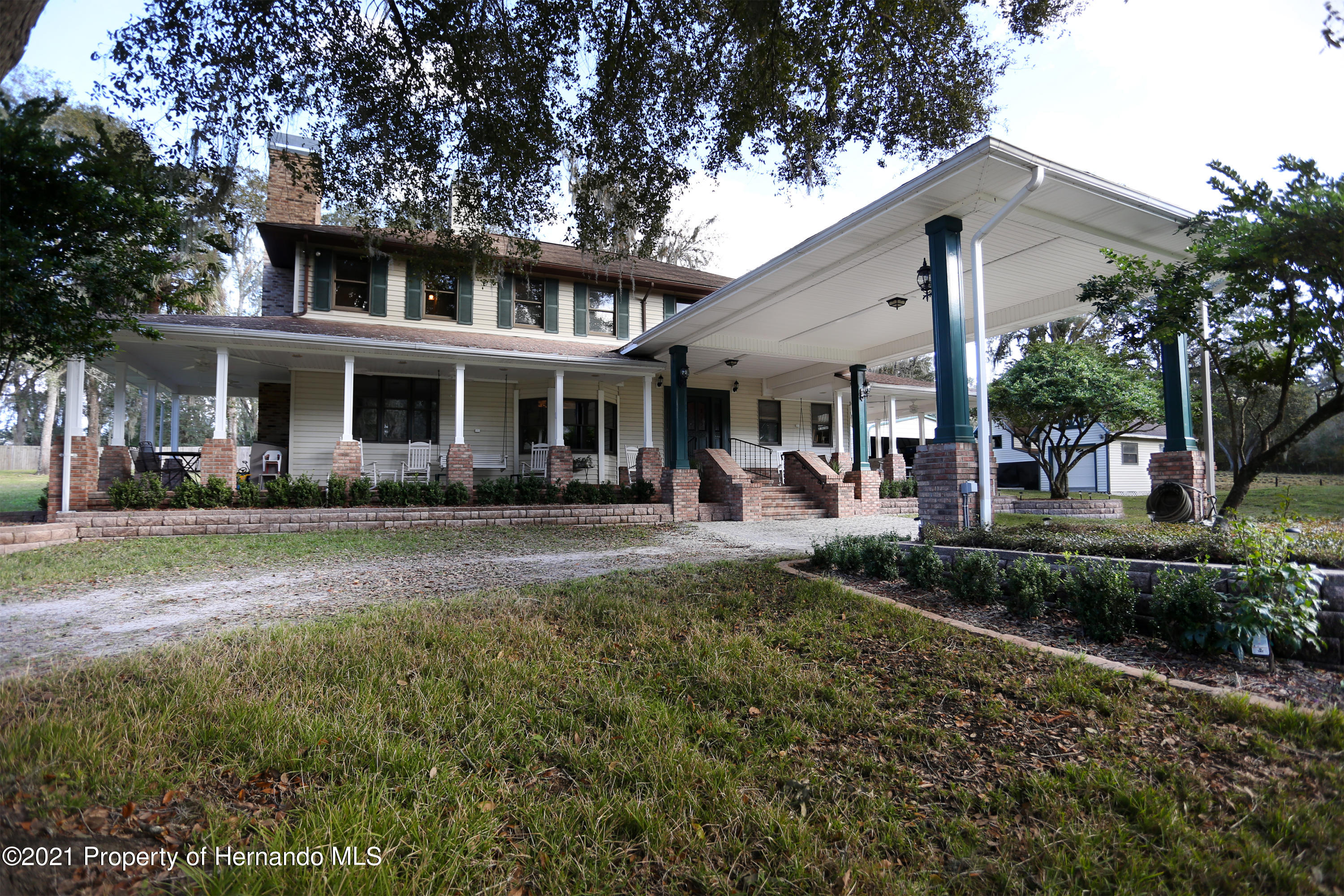 Listing photo id 25 for 5207 Neff Lake Road