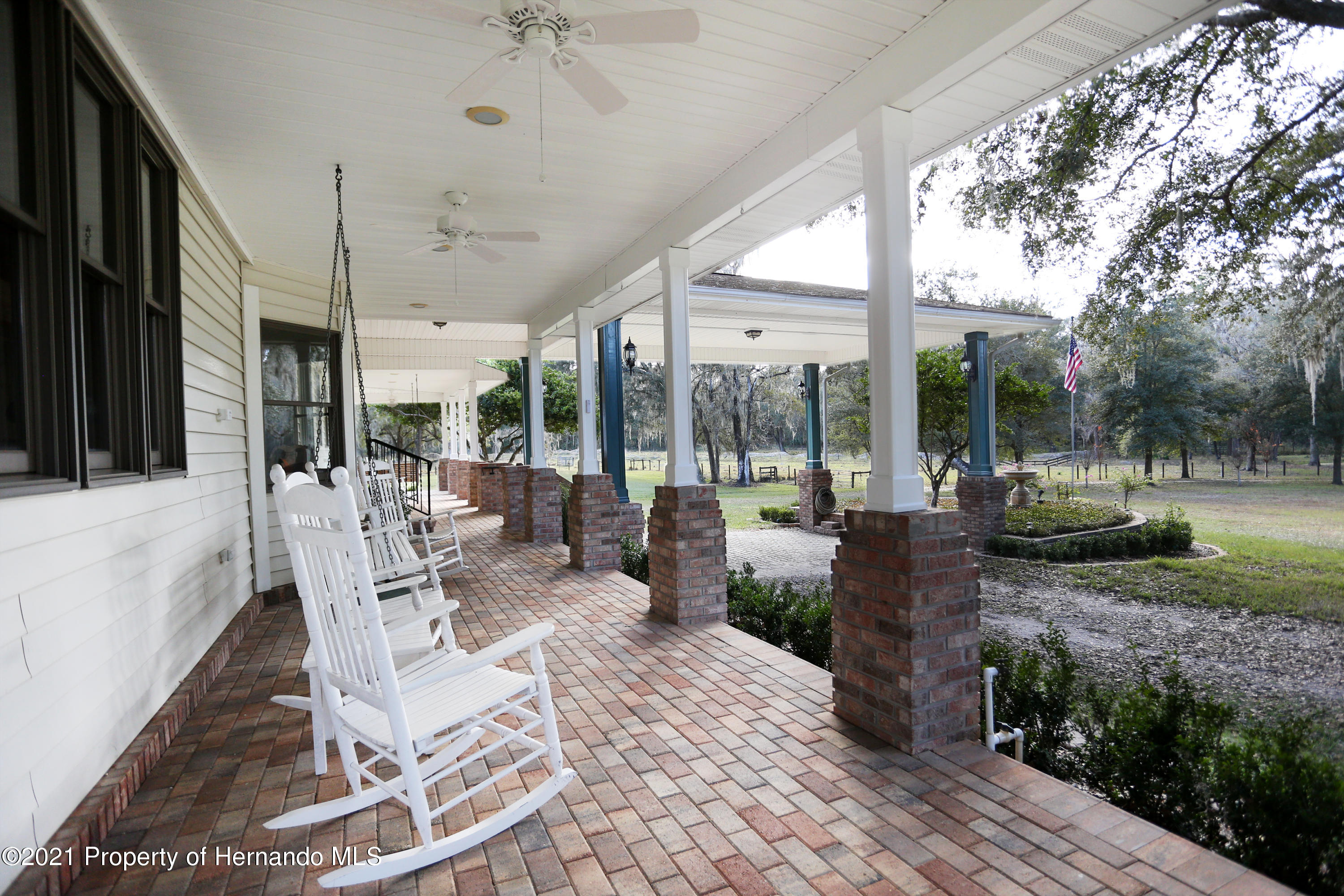 Listing photo id 27 for 5207 Neff Lake Road