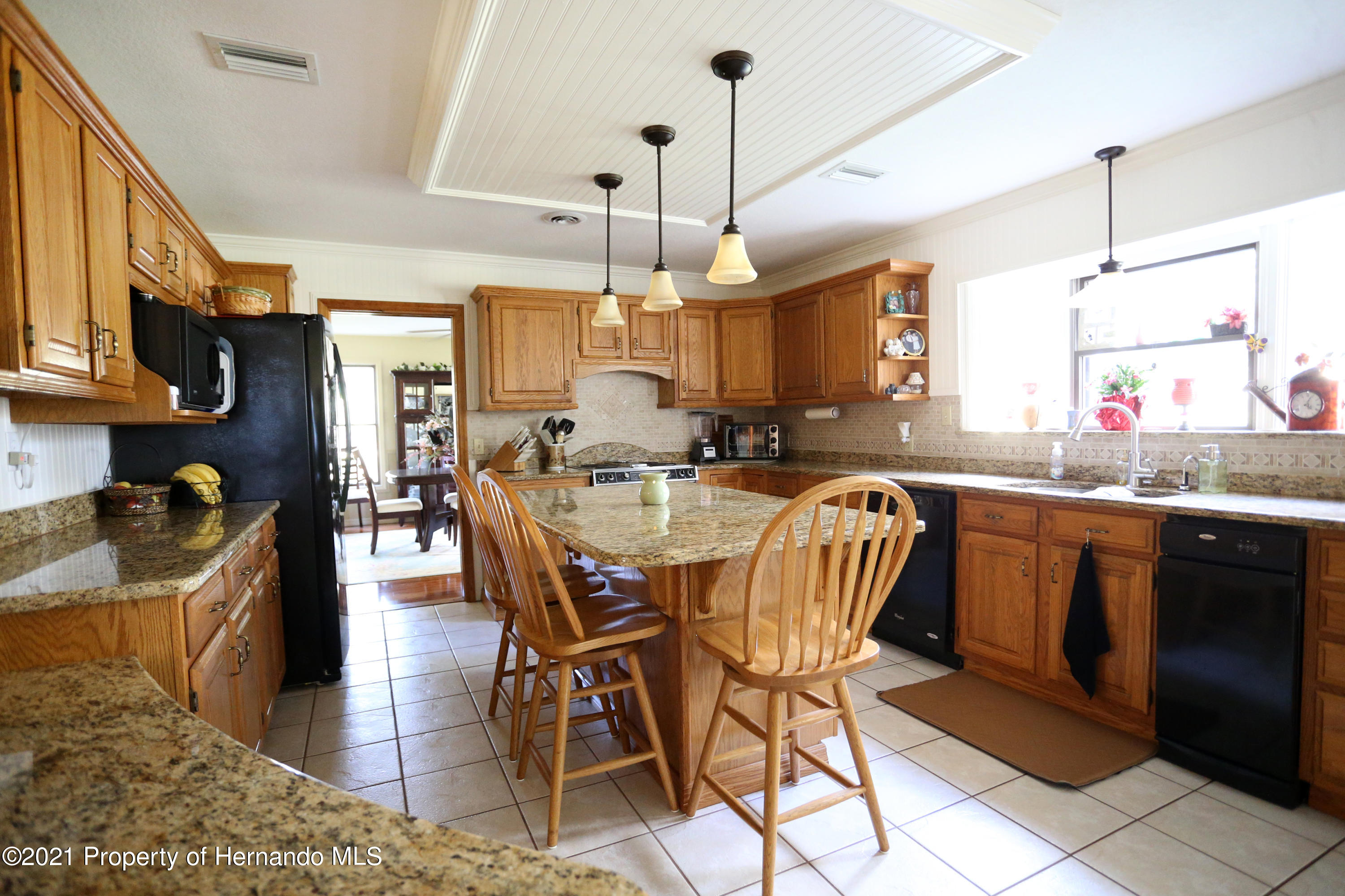 Listing photo id 47 for 5207 Neff Lake Road