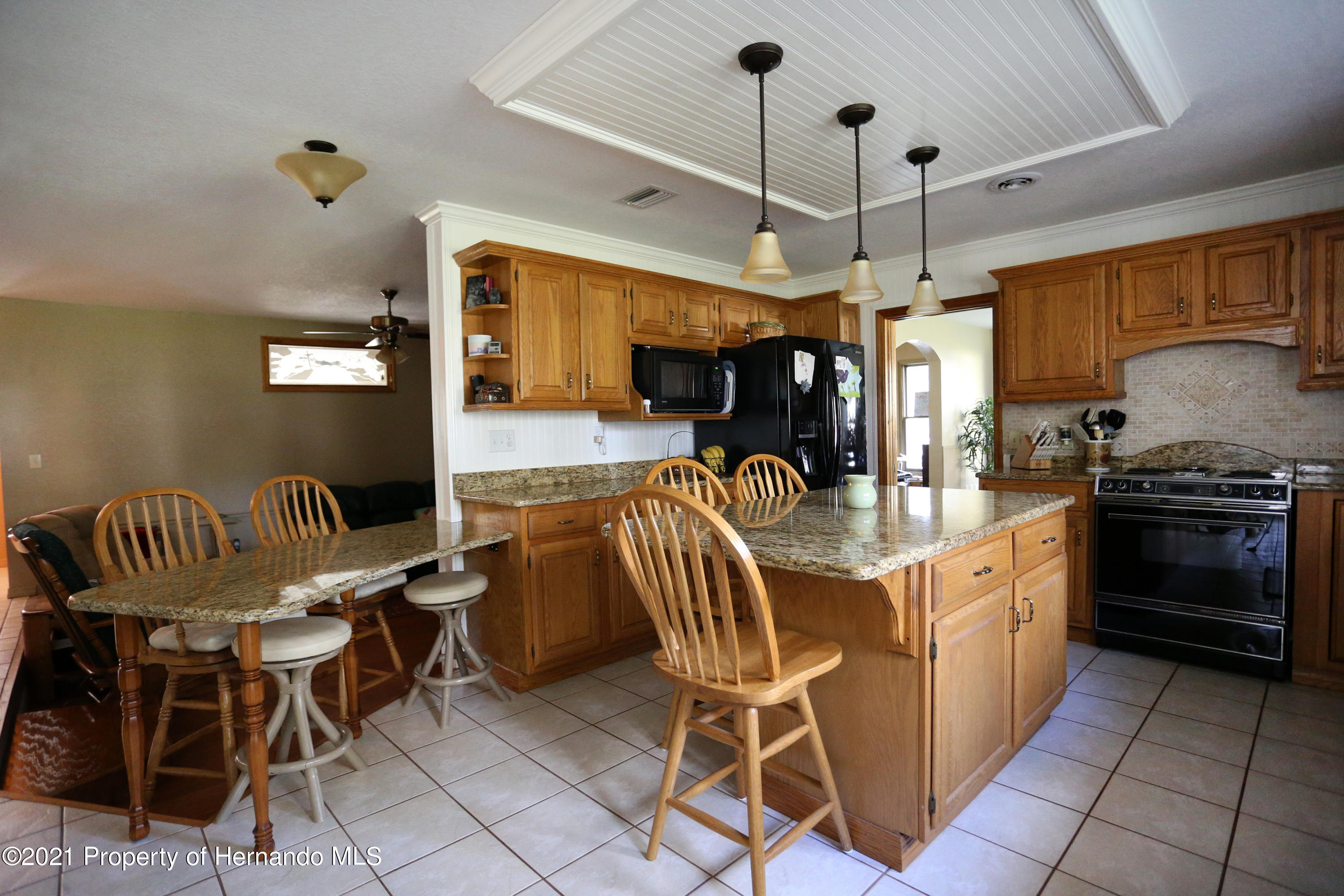 Listing photo id 49 for 5207 Neff Lake Road