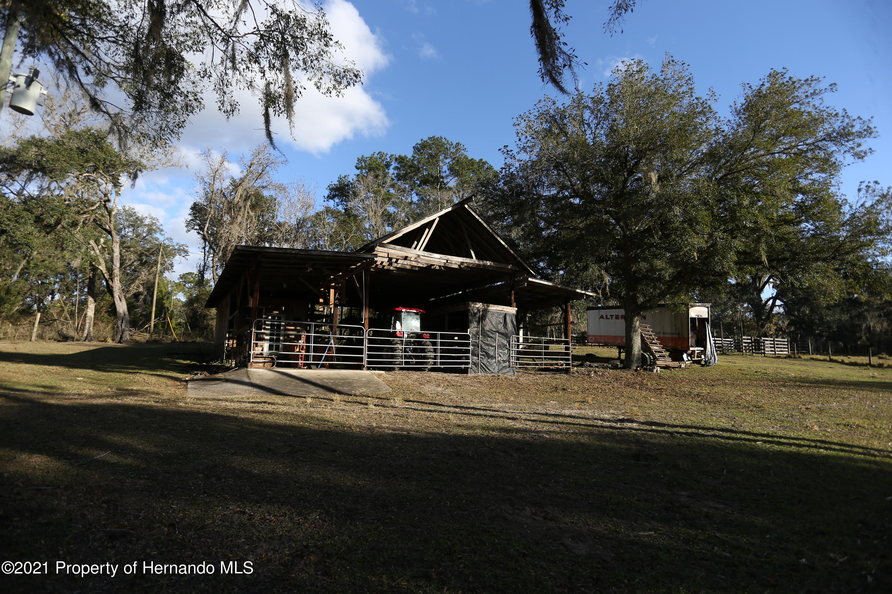 Listing photo id 53 for 5207 Neff Lake Road