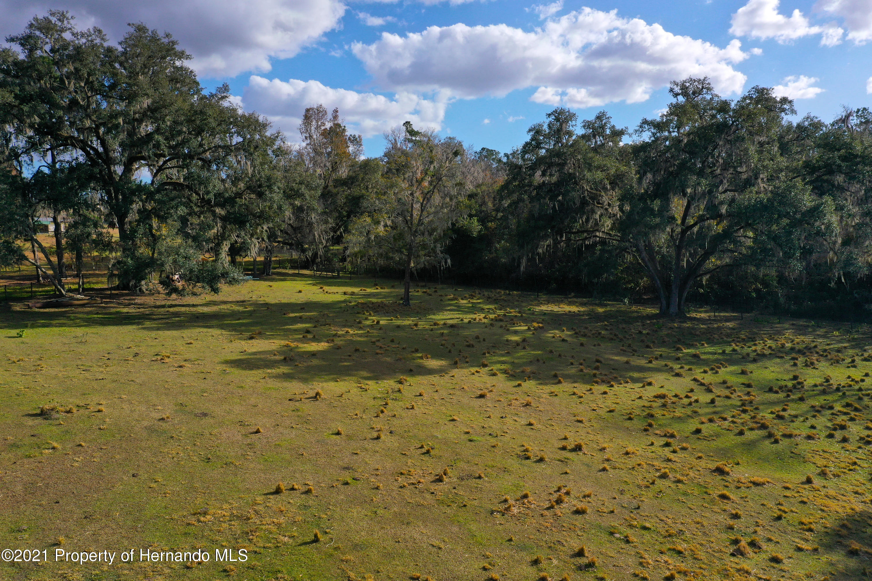 Listing photo id 56 for 5207 Neff Lake Road