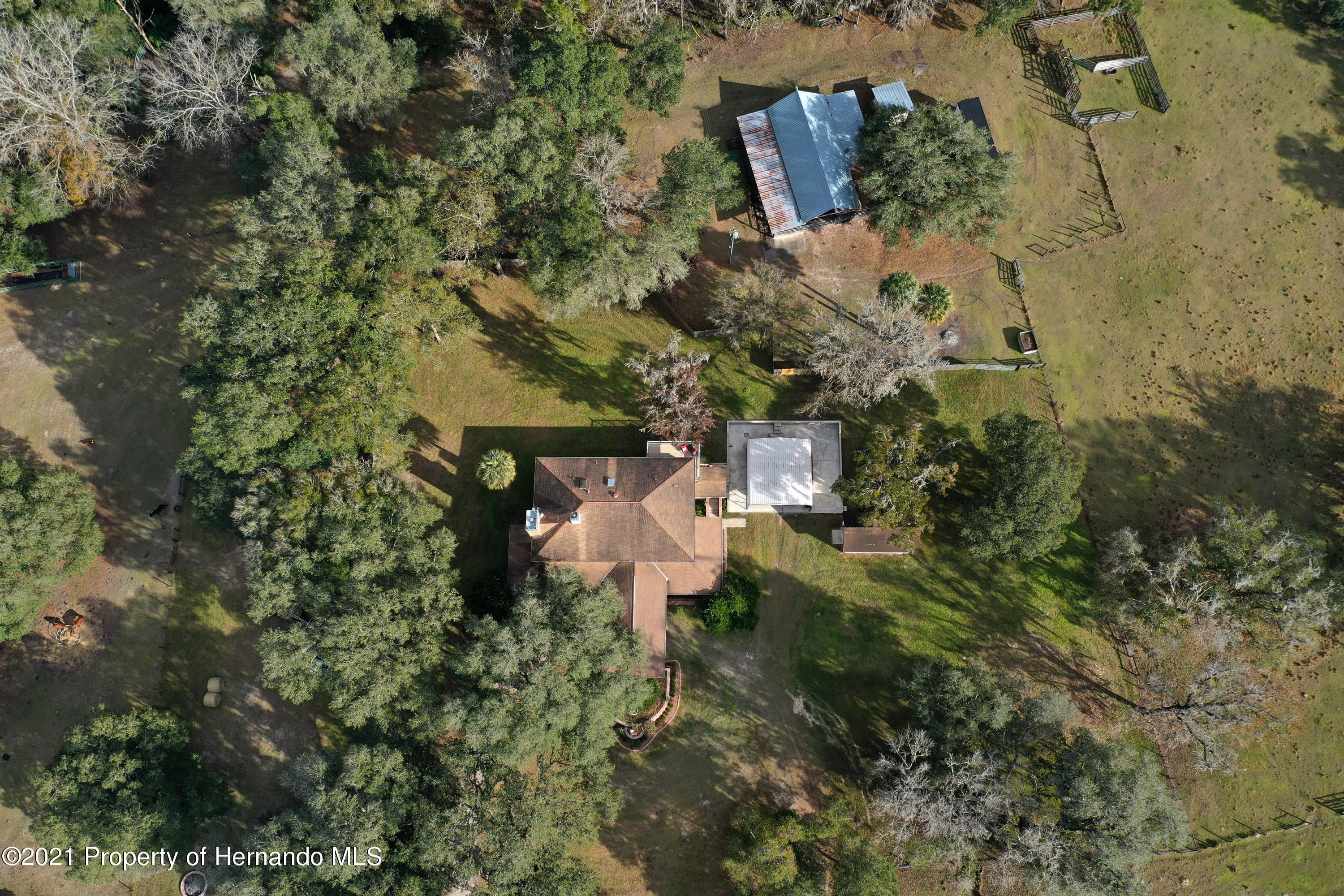 Listing photo id 3 for 5207 Neff Lake Road