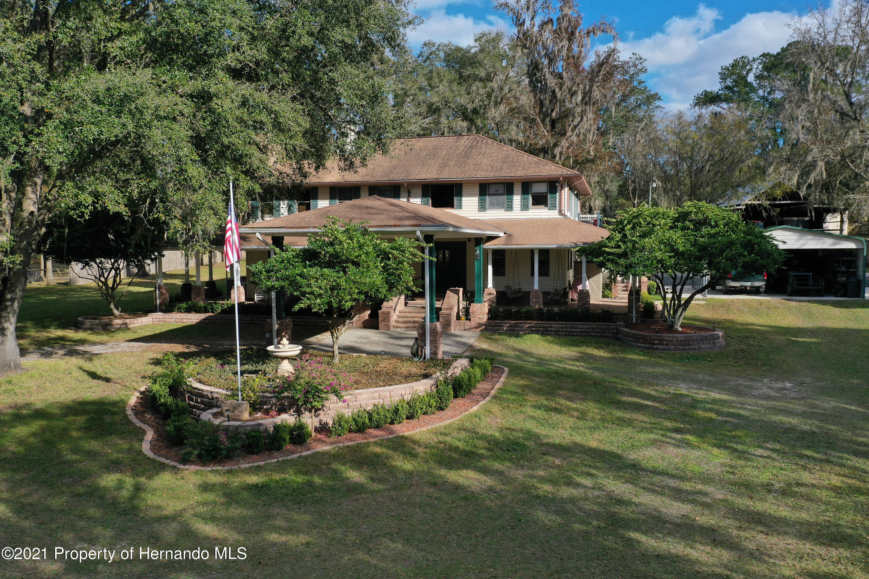 Listing photo id 60 for 5207 Neff Lake Road