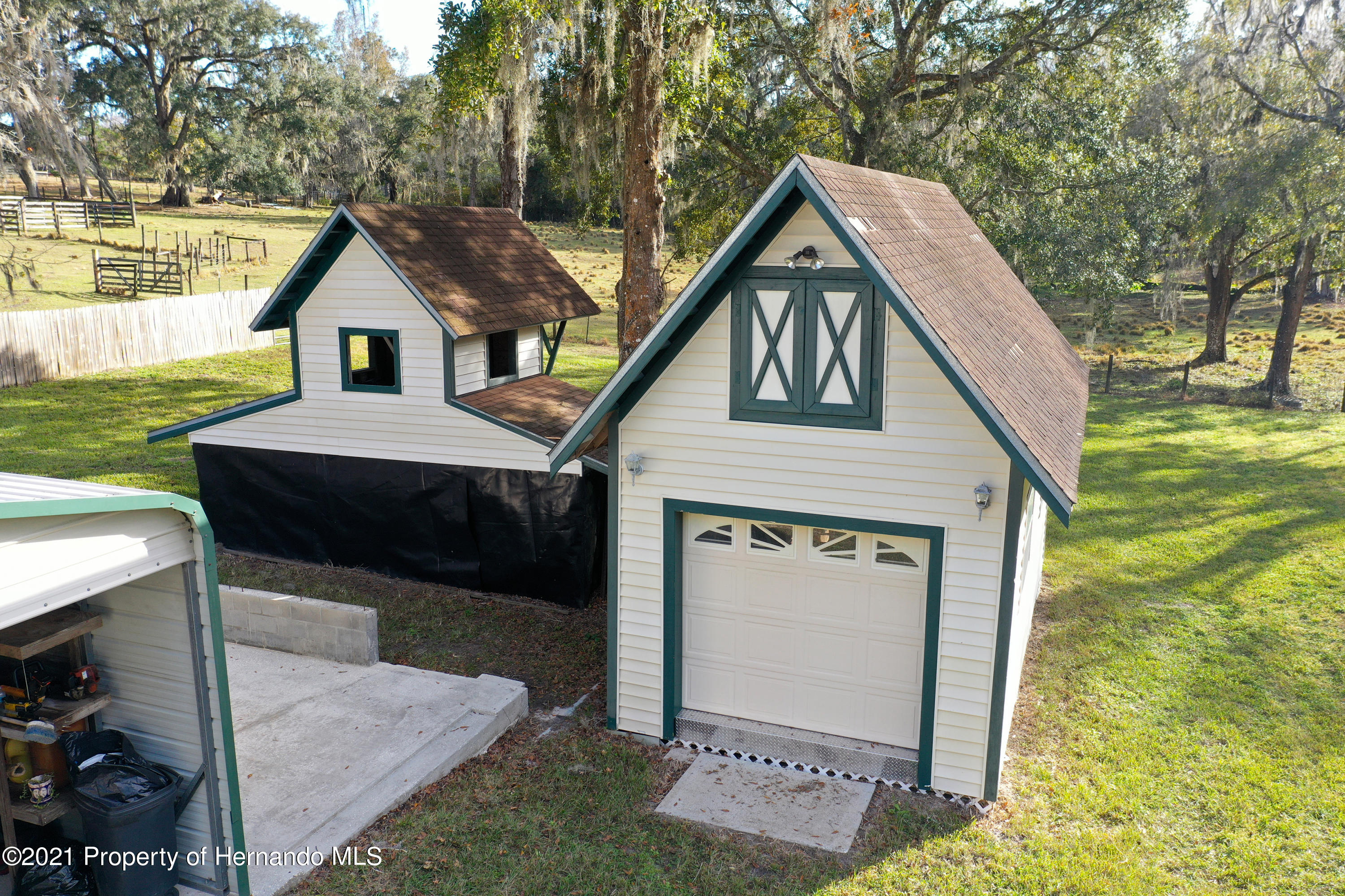 Listing photo id 61 for 5207 Neff Lake Road