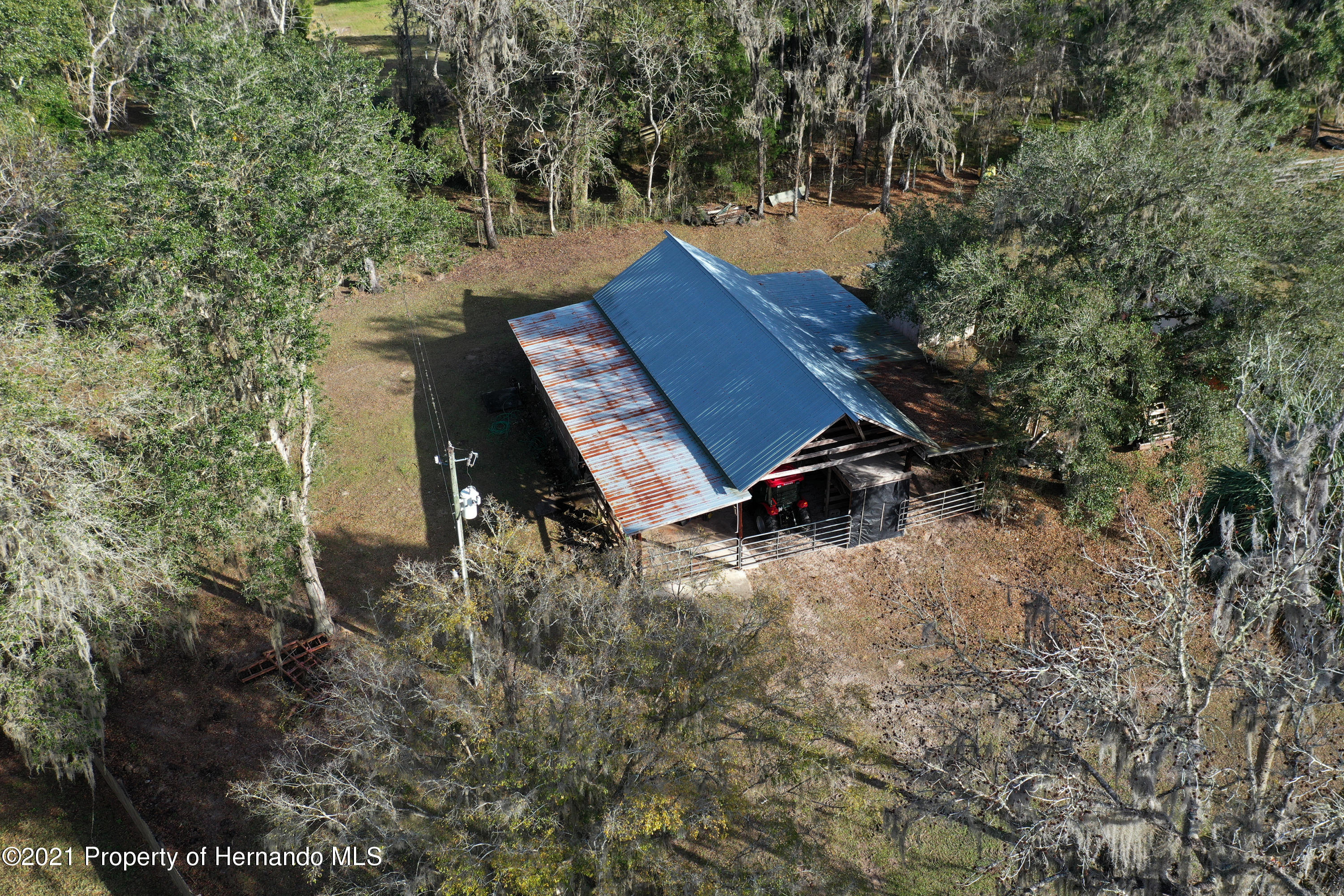 Listing photo id 62 for 5207 Neff Lake Road