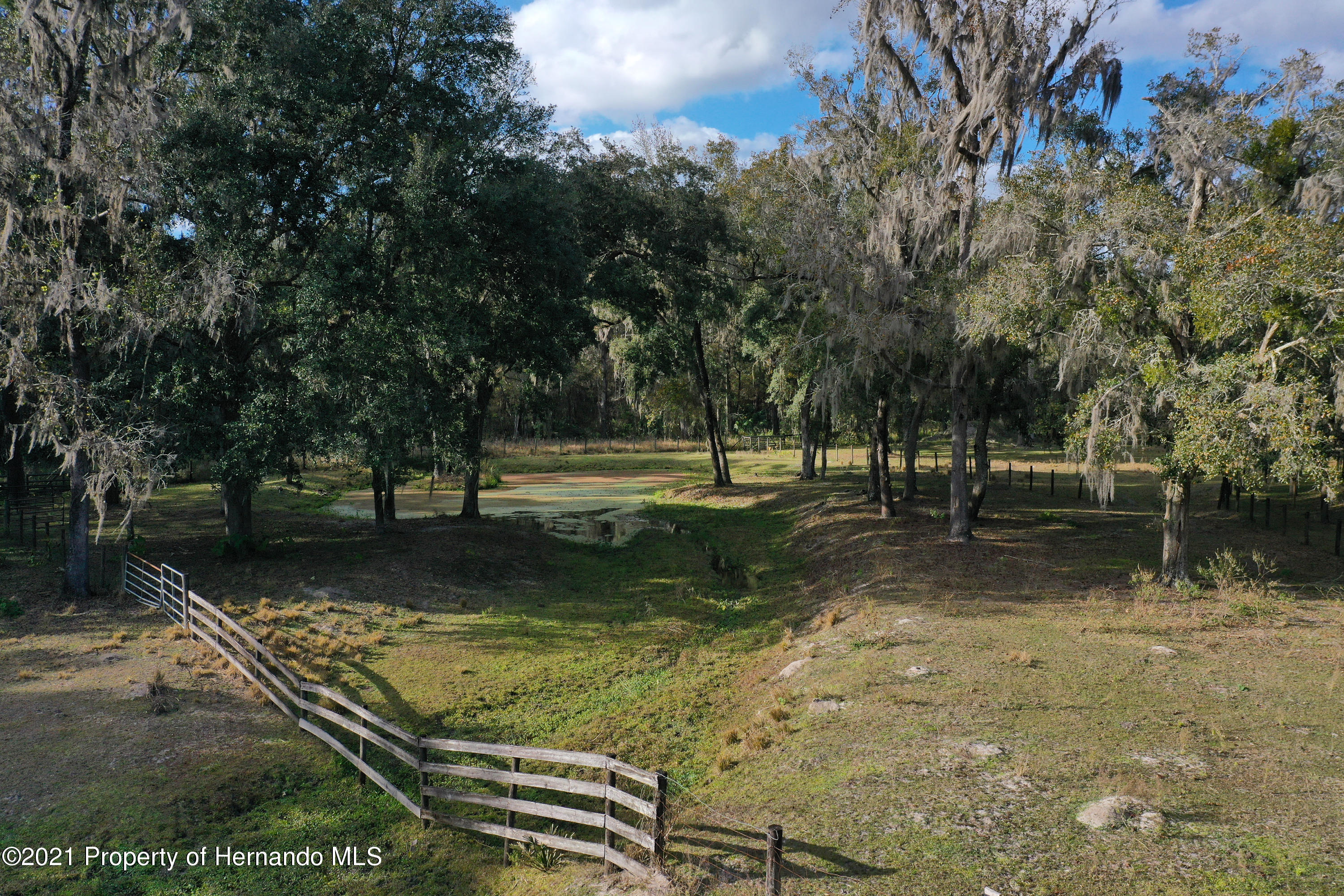 Listing photo id 66 for 5207 Neff Lake Road