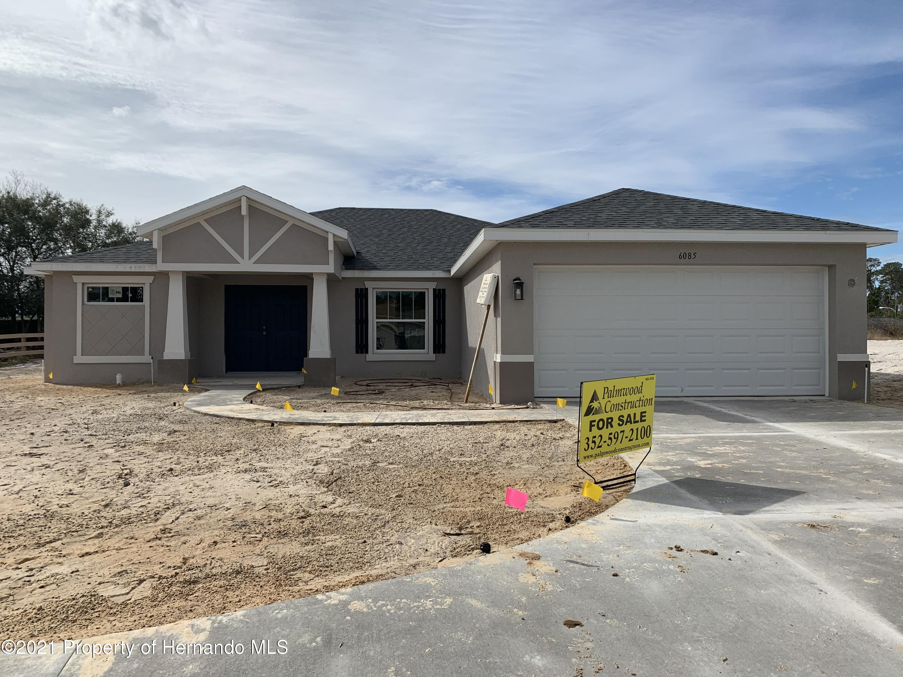 Listing photo id 2 for 6085 Deltona Boulevard