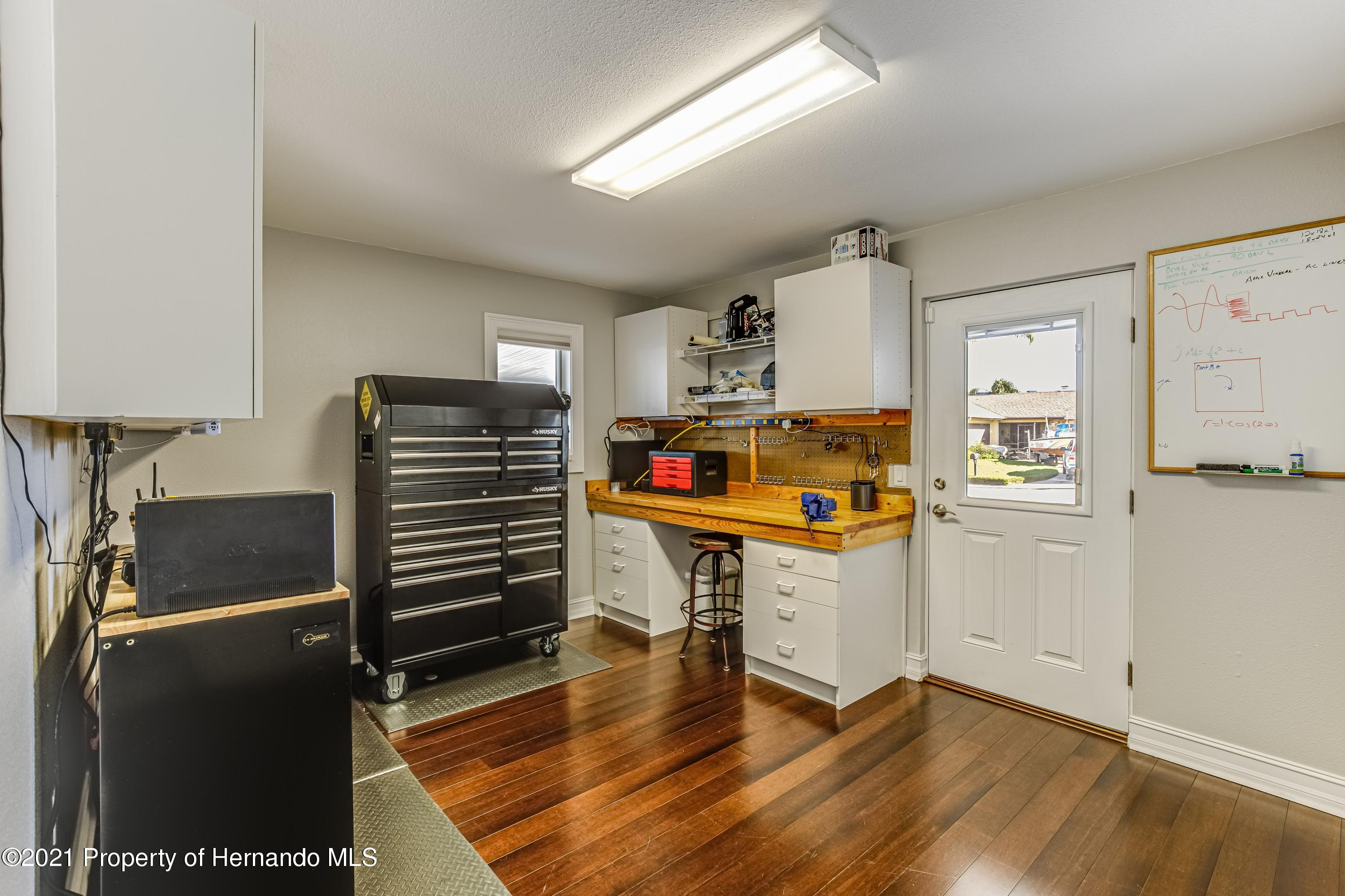 Listing photo id 48 for 4145 Orchid Drive