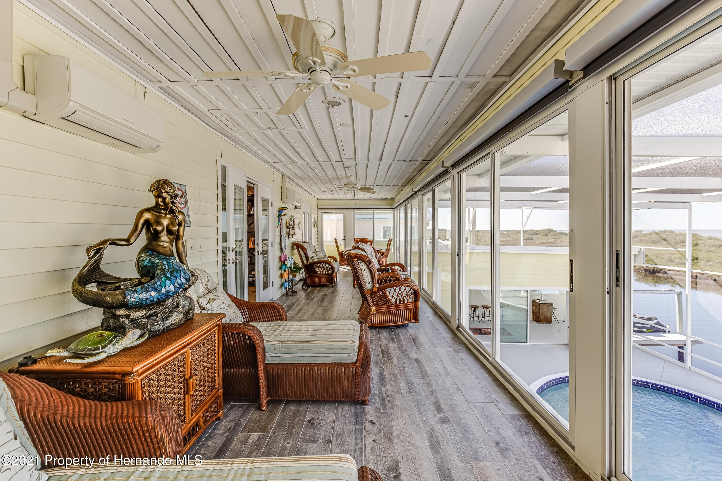 Listing photo id 56 for 4145 Orchid Drive