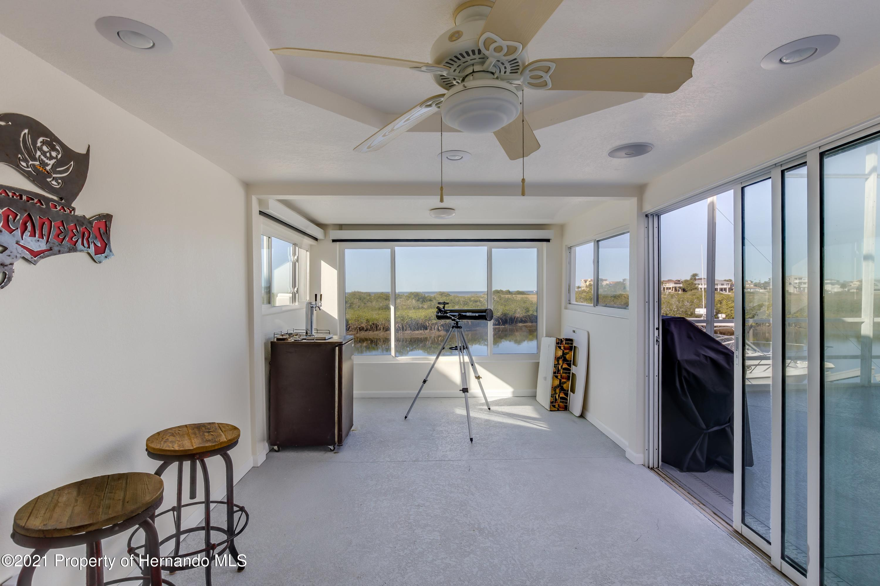 Listing photo id 63 for 4145 Orchid Drive