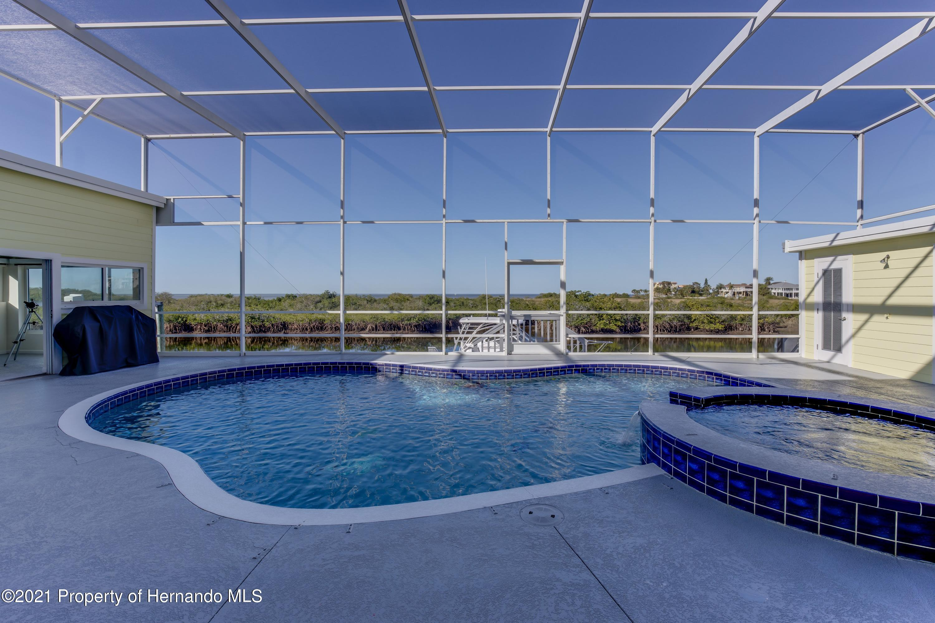 Listing photo id 66 for 4145 Orchid Drive