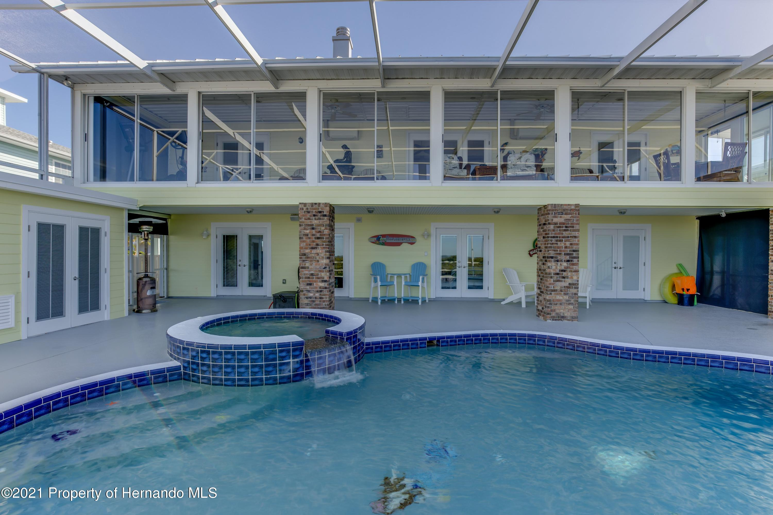 Listing photo id 69 for 4145 Orchid Drive