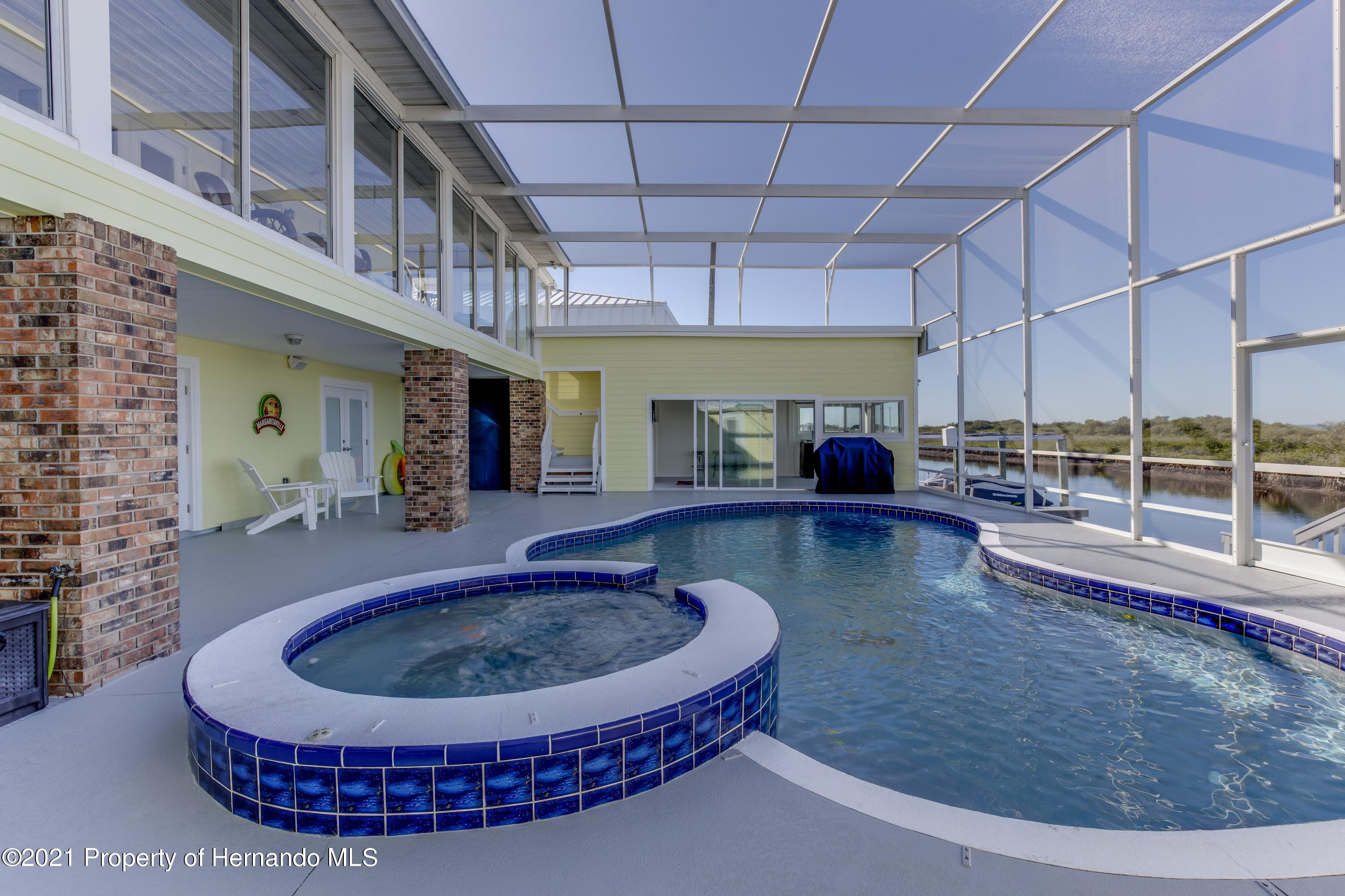 Listing photo id 70 for 4145 Orchid Drive