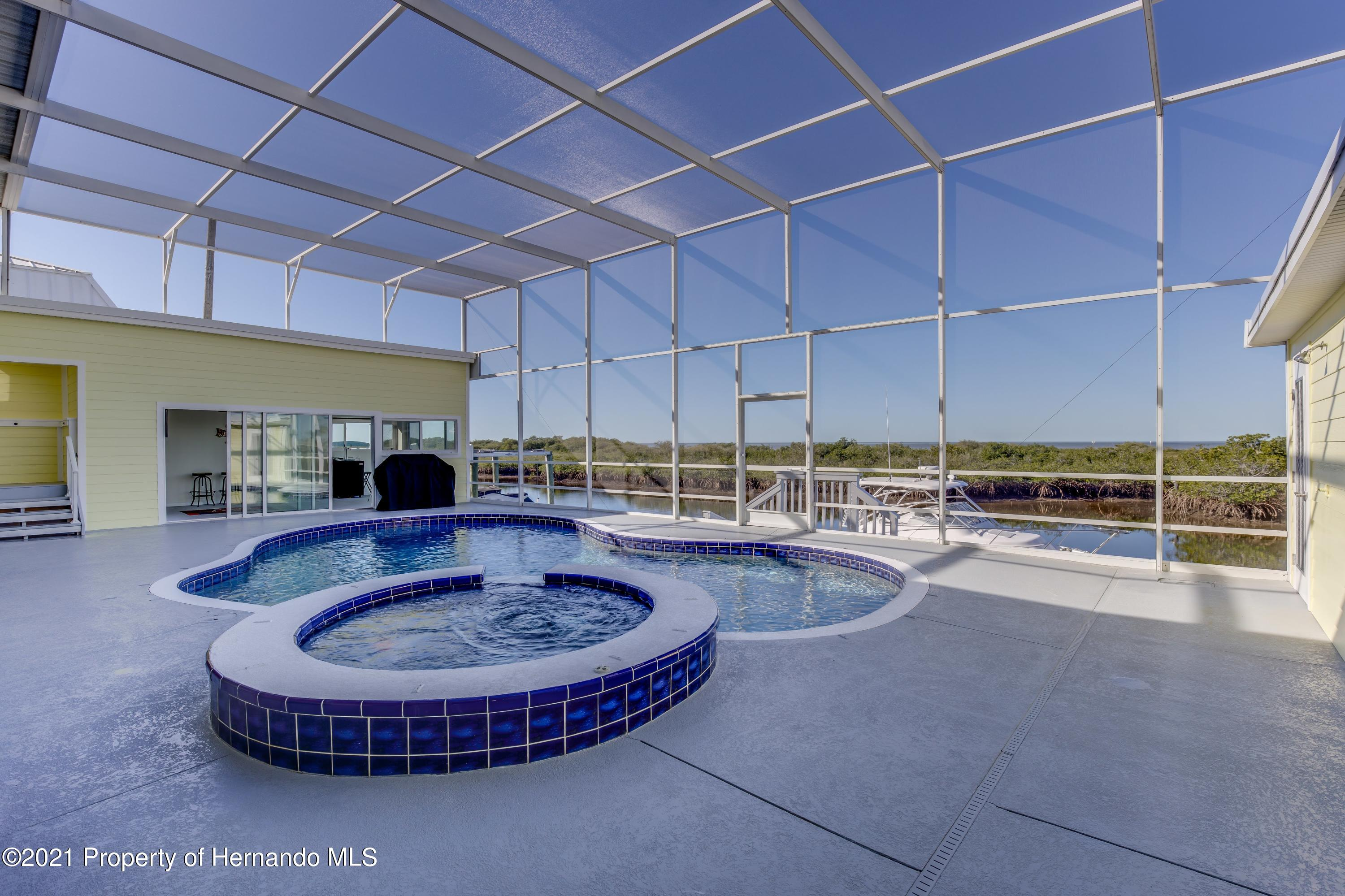 Listing photo id 71 for 4145 Orchid Drive