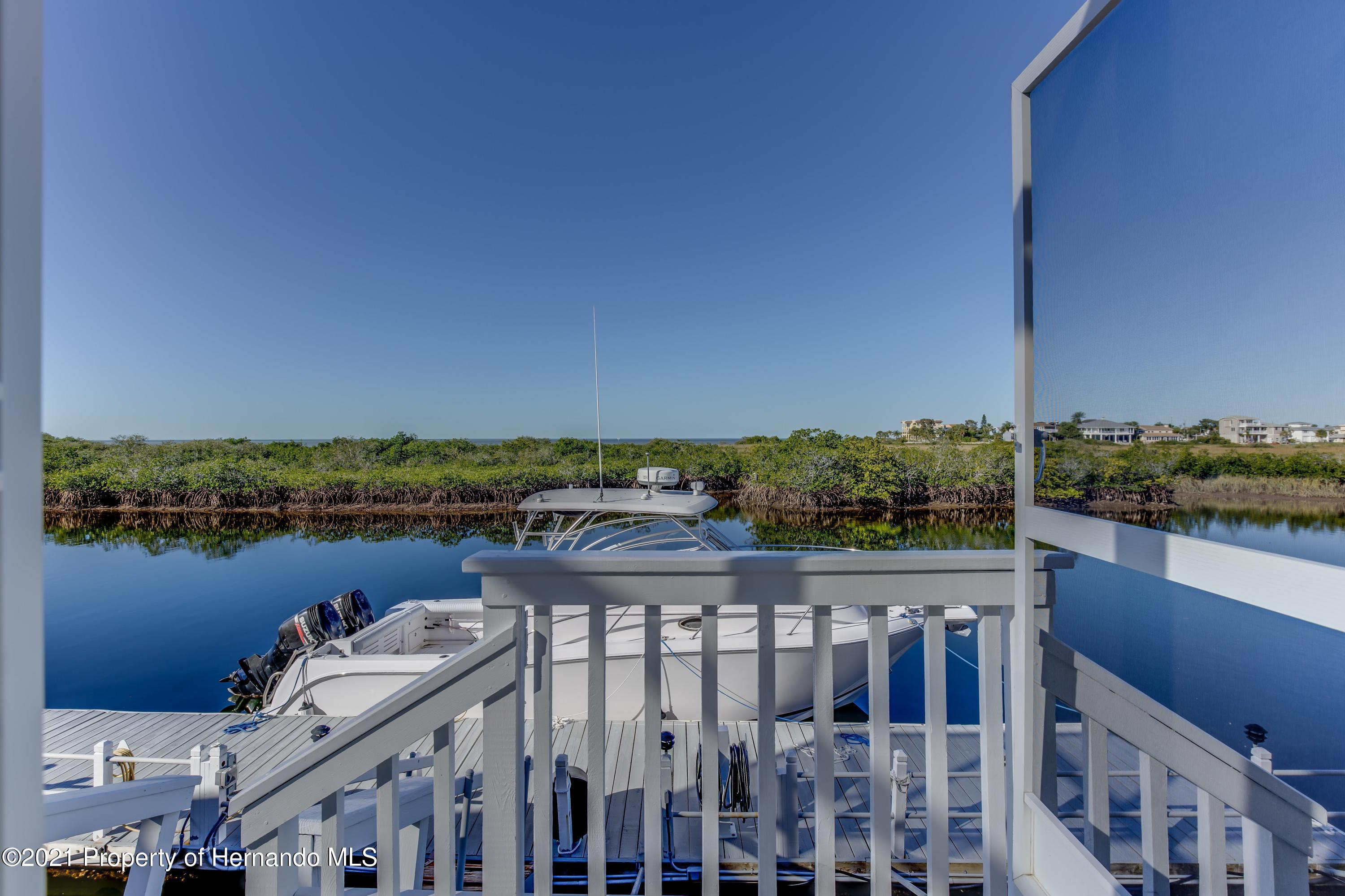 Listing photo id 74 for 4145 Orchid Drive