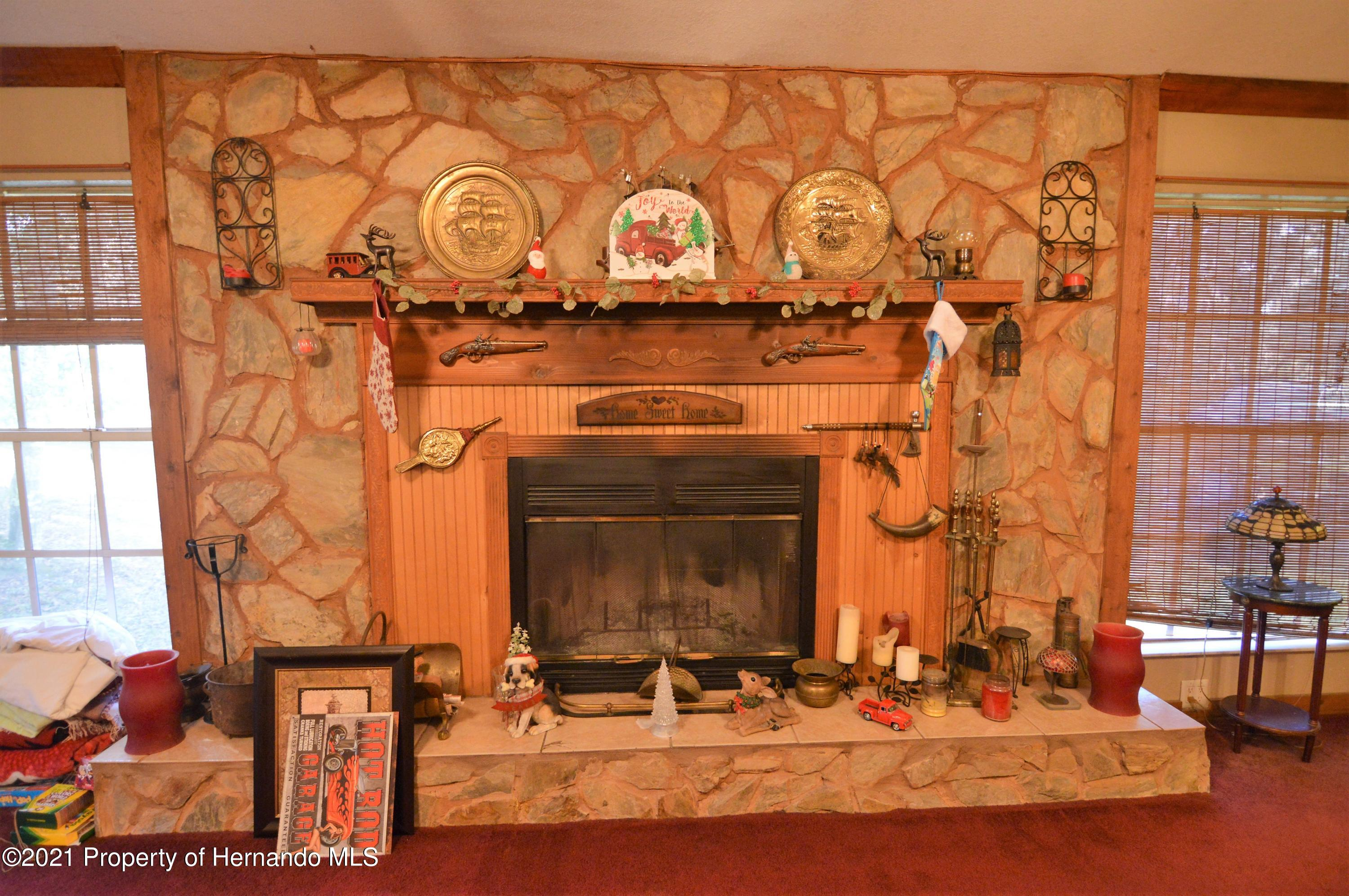 Listing photo id 18 for 22425 Cheraton Road