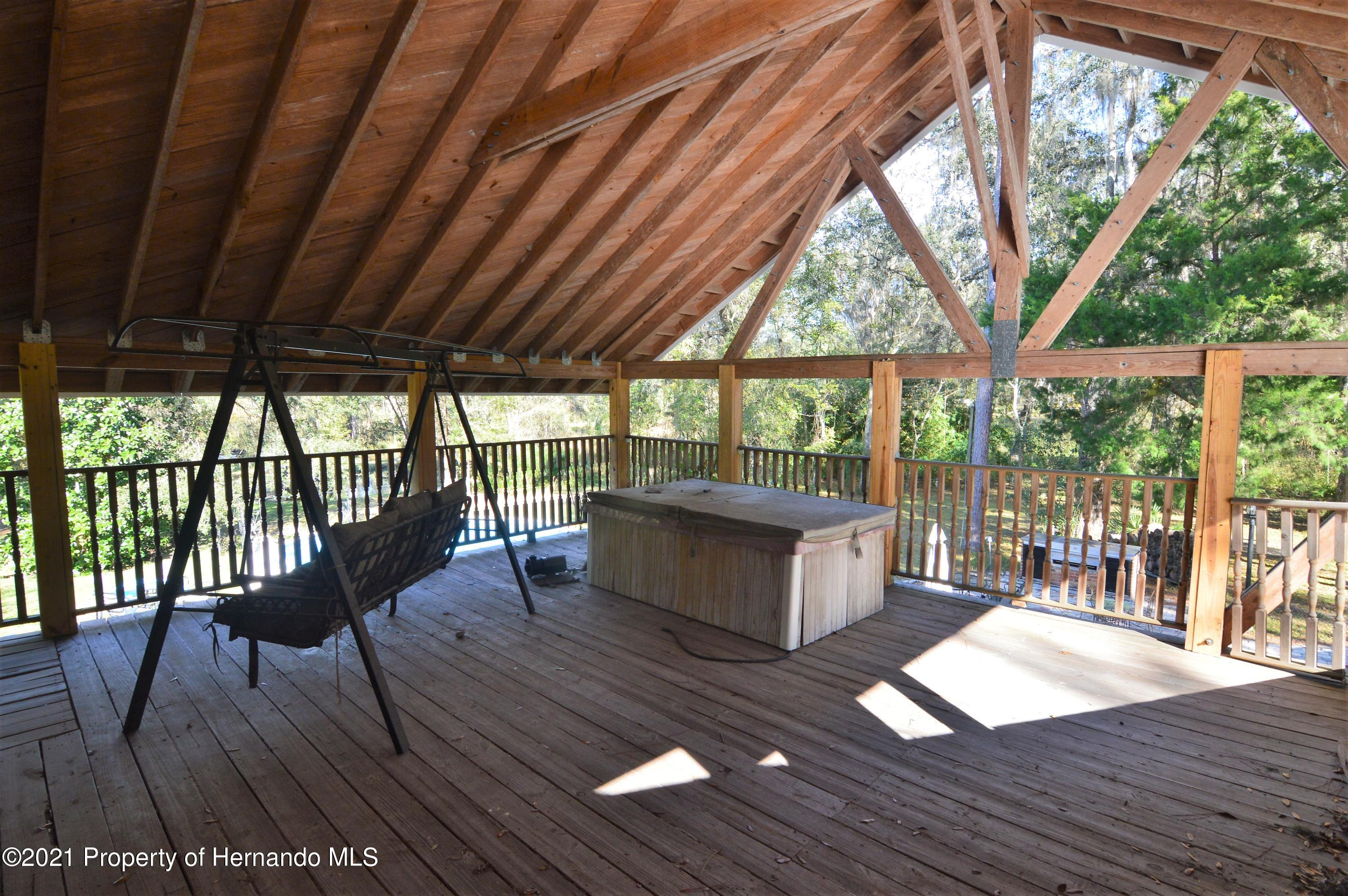 Listing photo id 33 for 22425 Cheraton Road