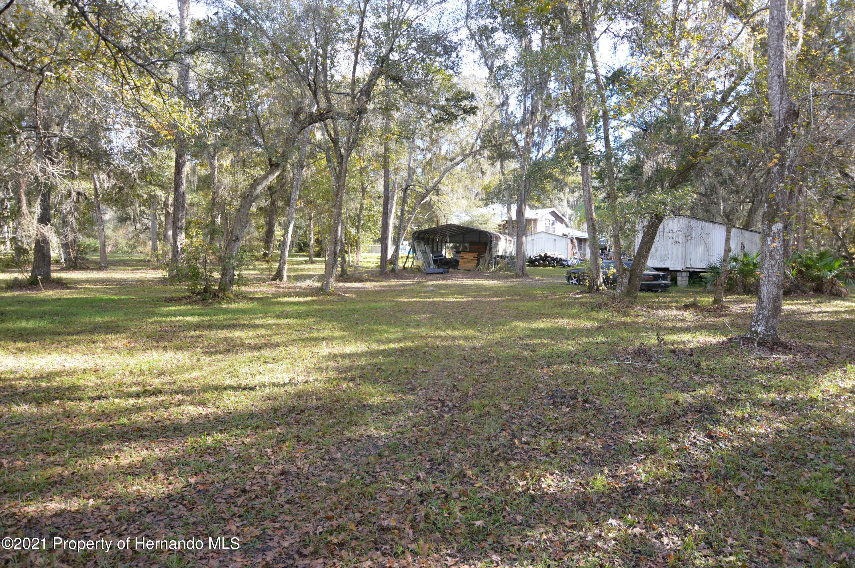 Listing photo id 49 for 22425 Cheraton Road