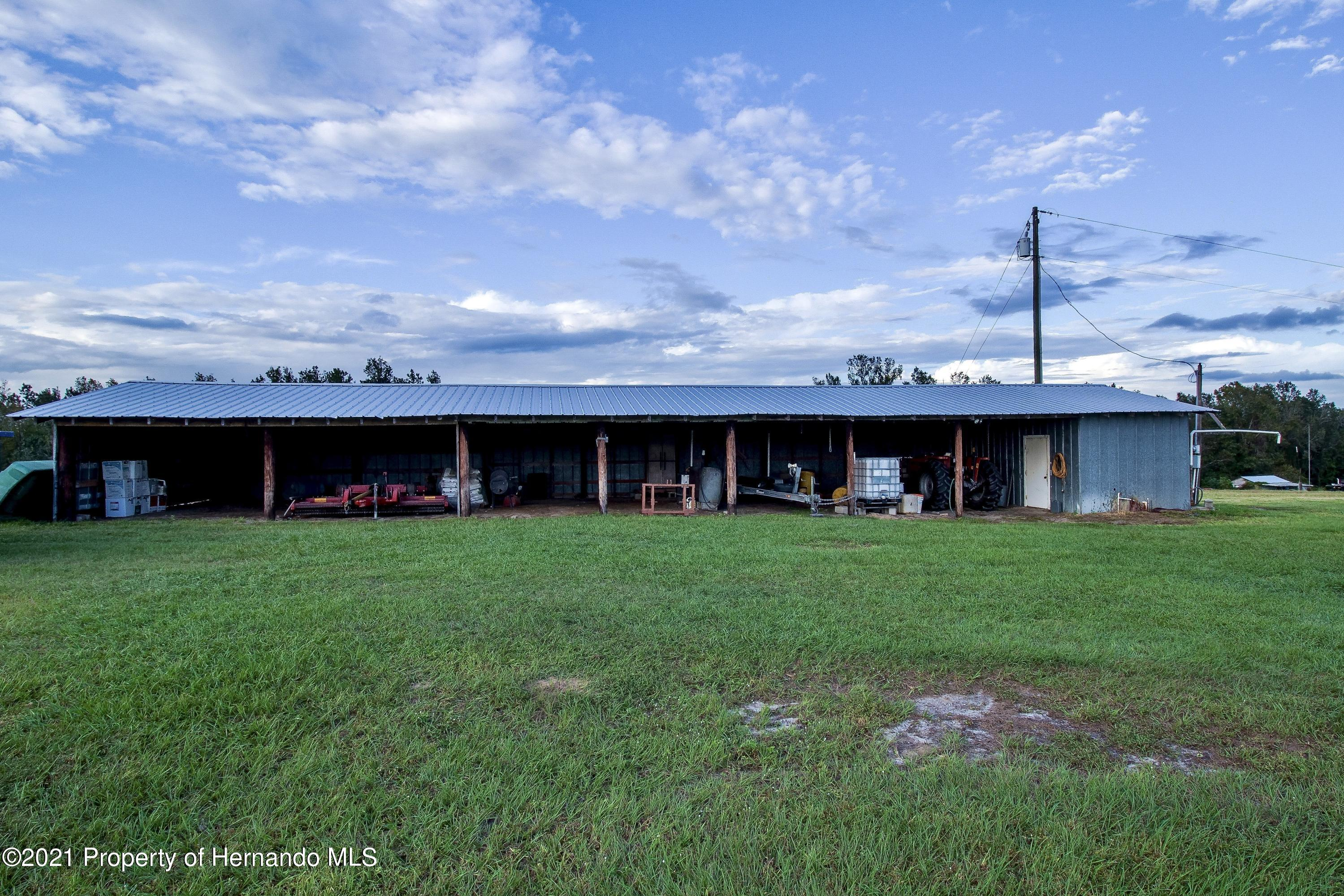 Listing photo id 23 for 7323 Griffin Road