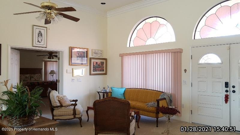 Listing photo id 20 for 10013 Twelve Oaks Court