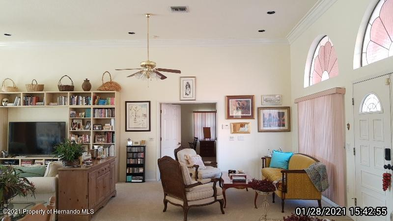 Listing photo id 27 for 10013 Twelve Oaks Court