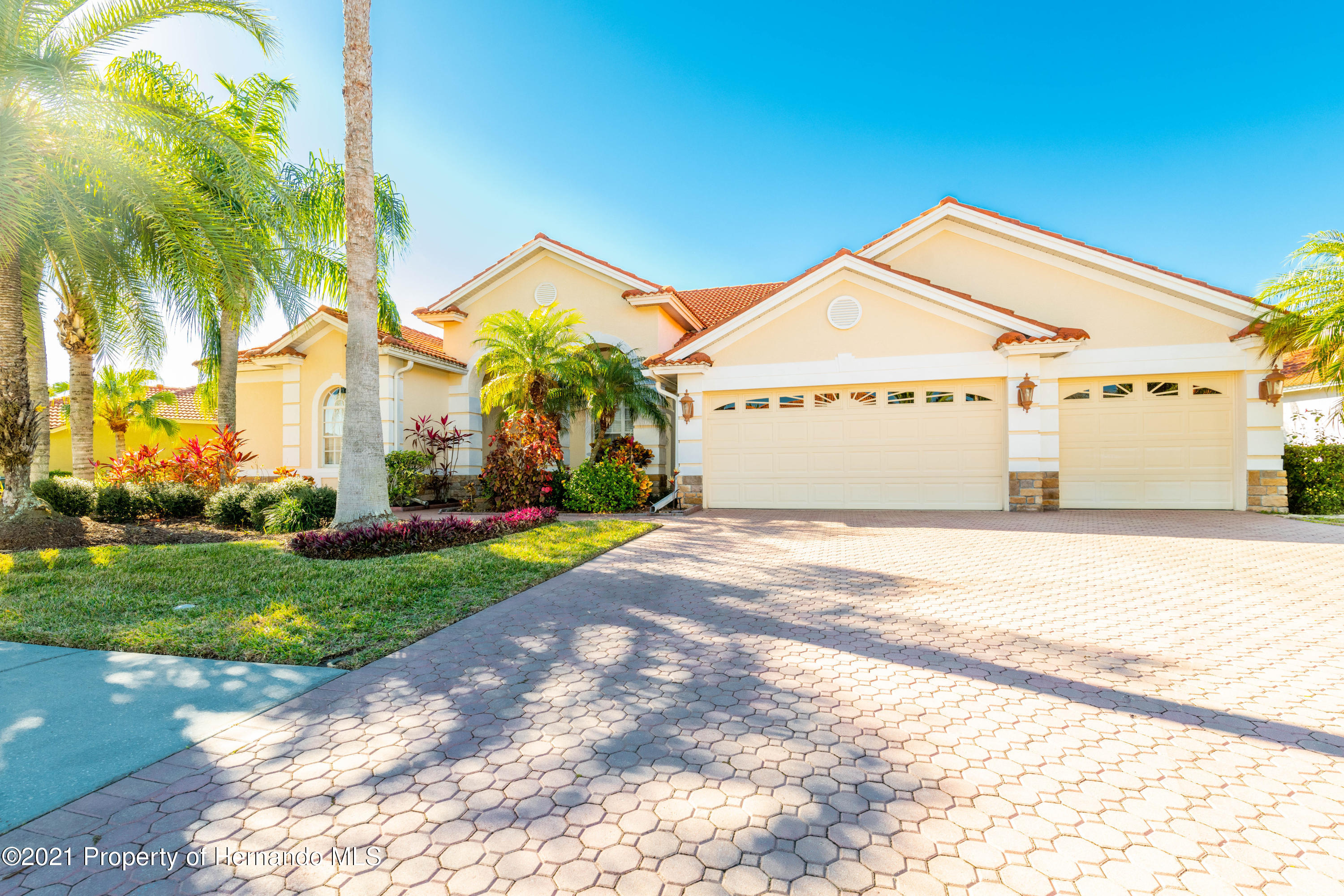 Details for 10839 Barbados Isle Drive, Tampa, FL 33647