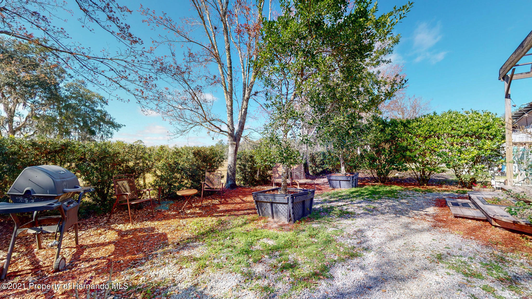 Listing photo id 129 for 2343 Gold Hill Road