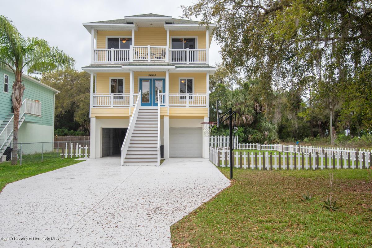 Details for 5065 Oak Leaf Lane, Hernando Beach, FL 34607