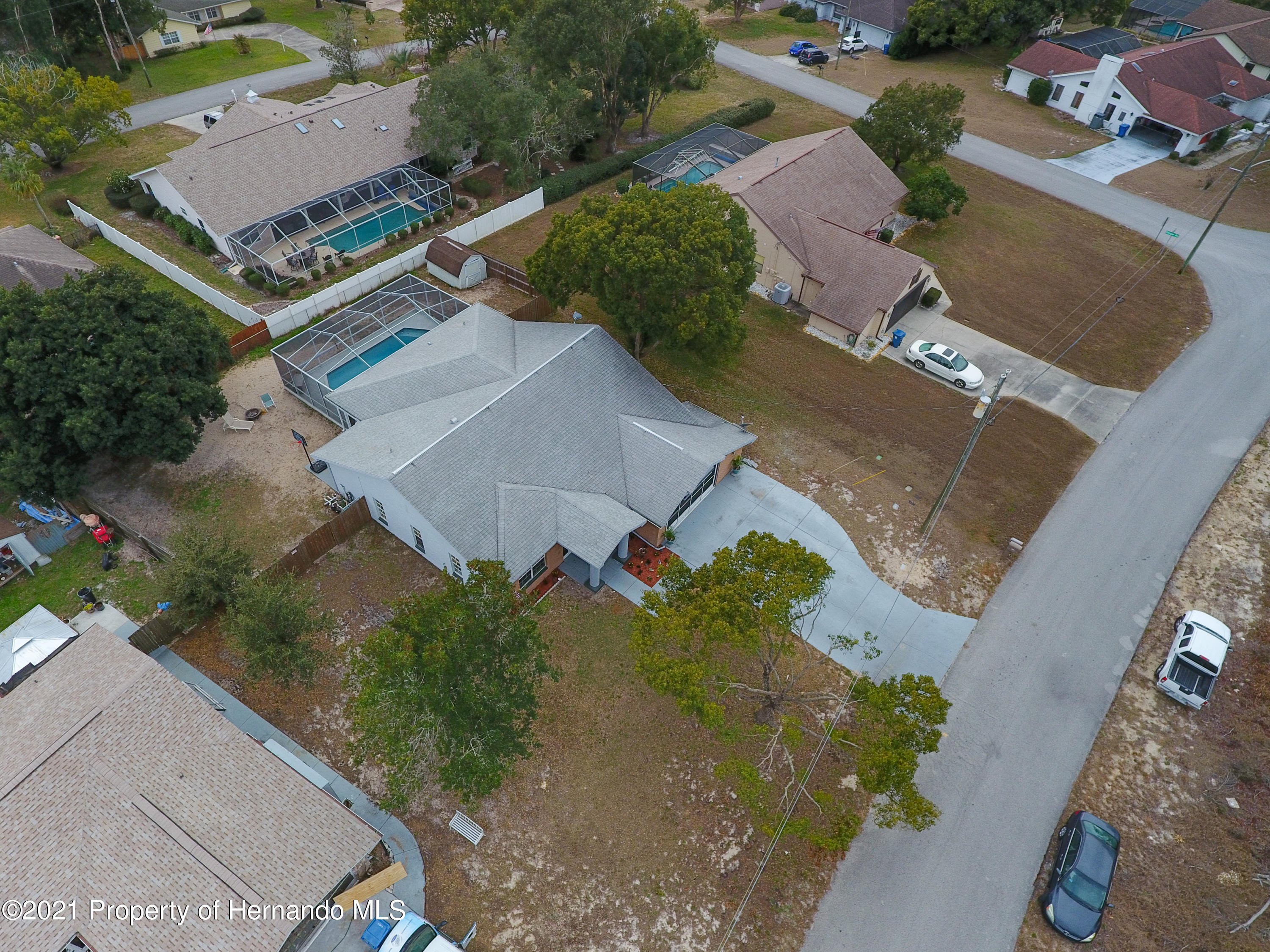 Listing photo id 56 for 6264 Dorset Road