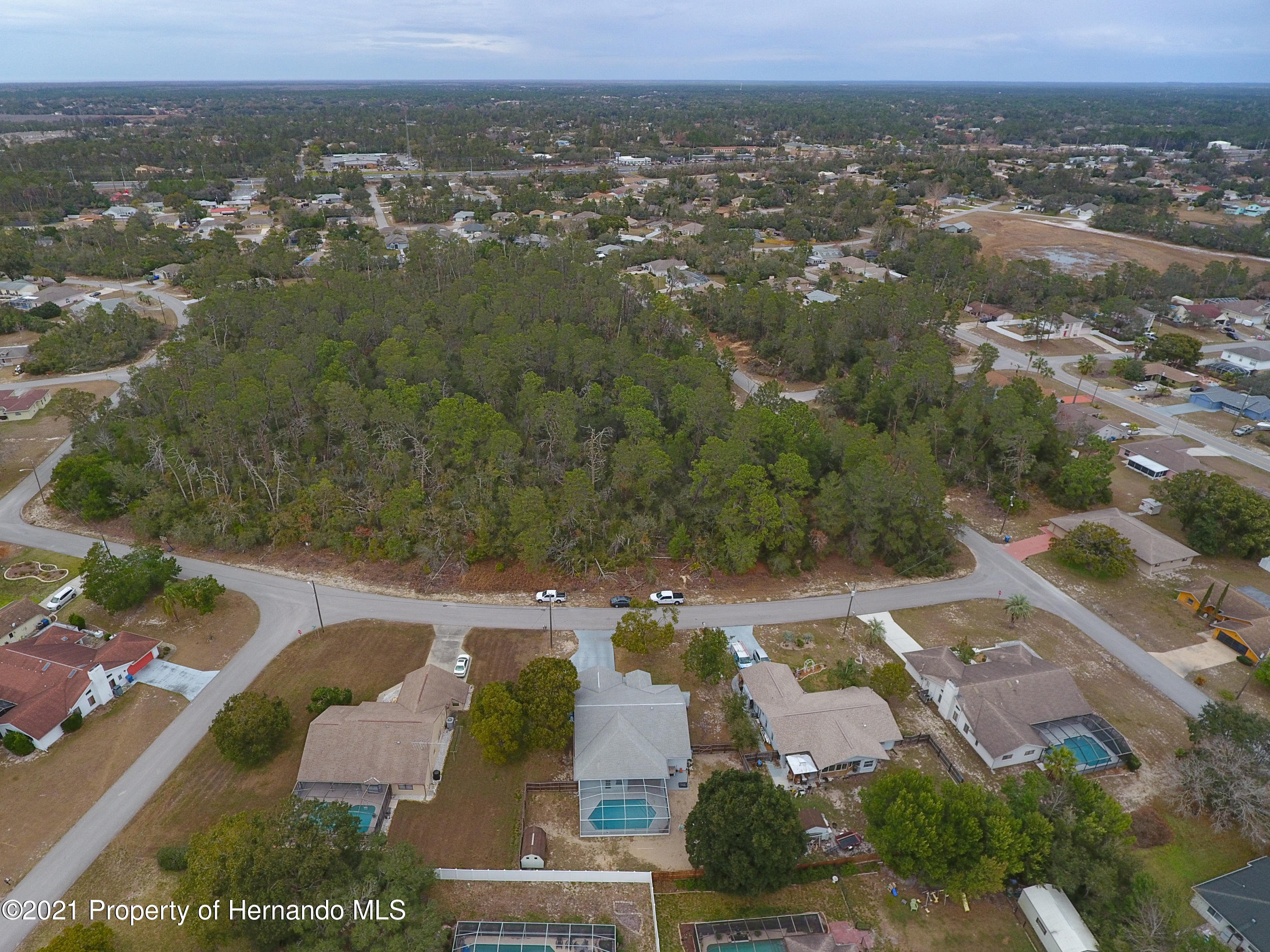 Listing photo id 61 for 6264 Dorset Road