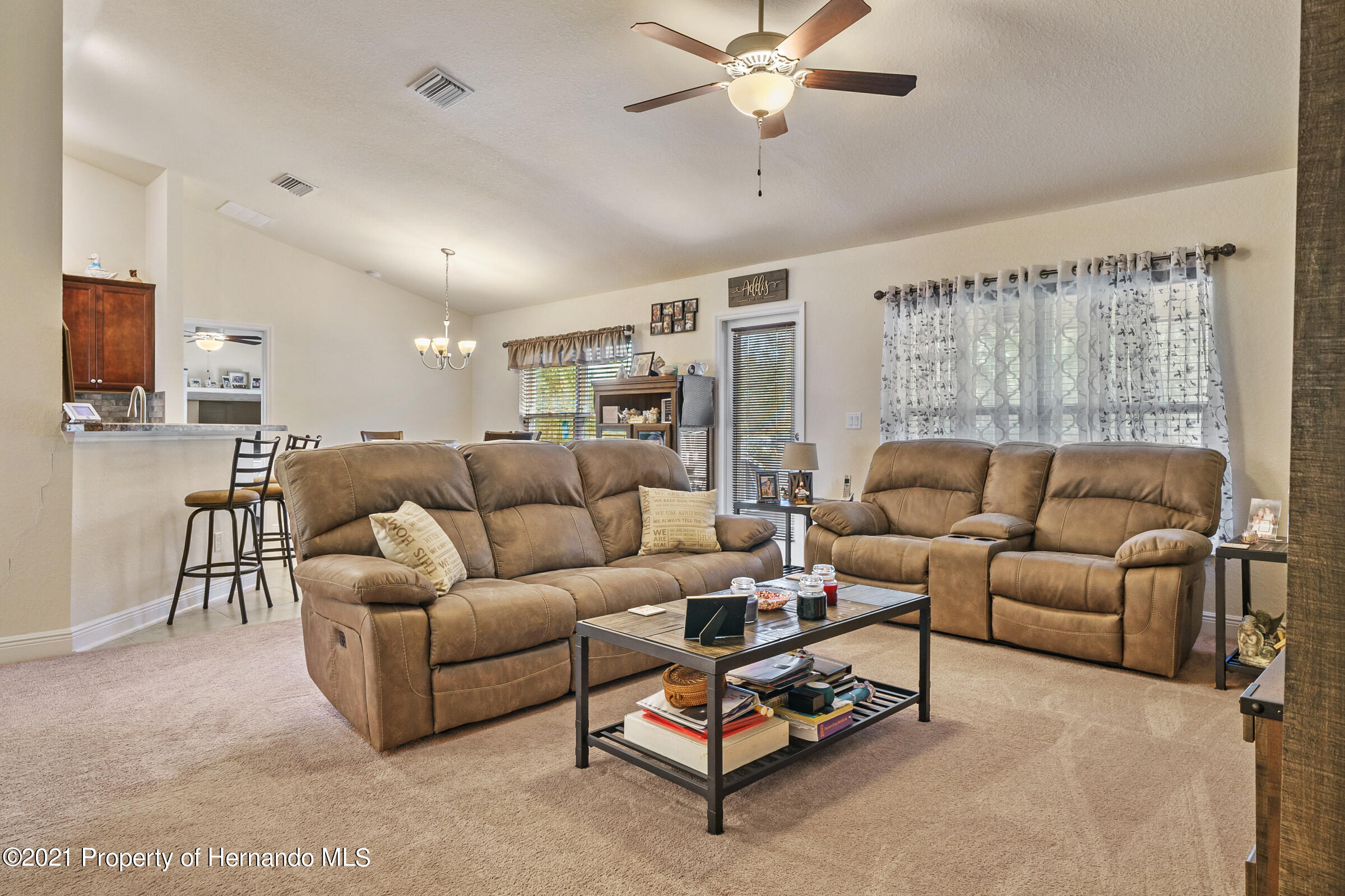 Listing photo id 13 for 11274 Furley