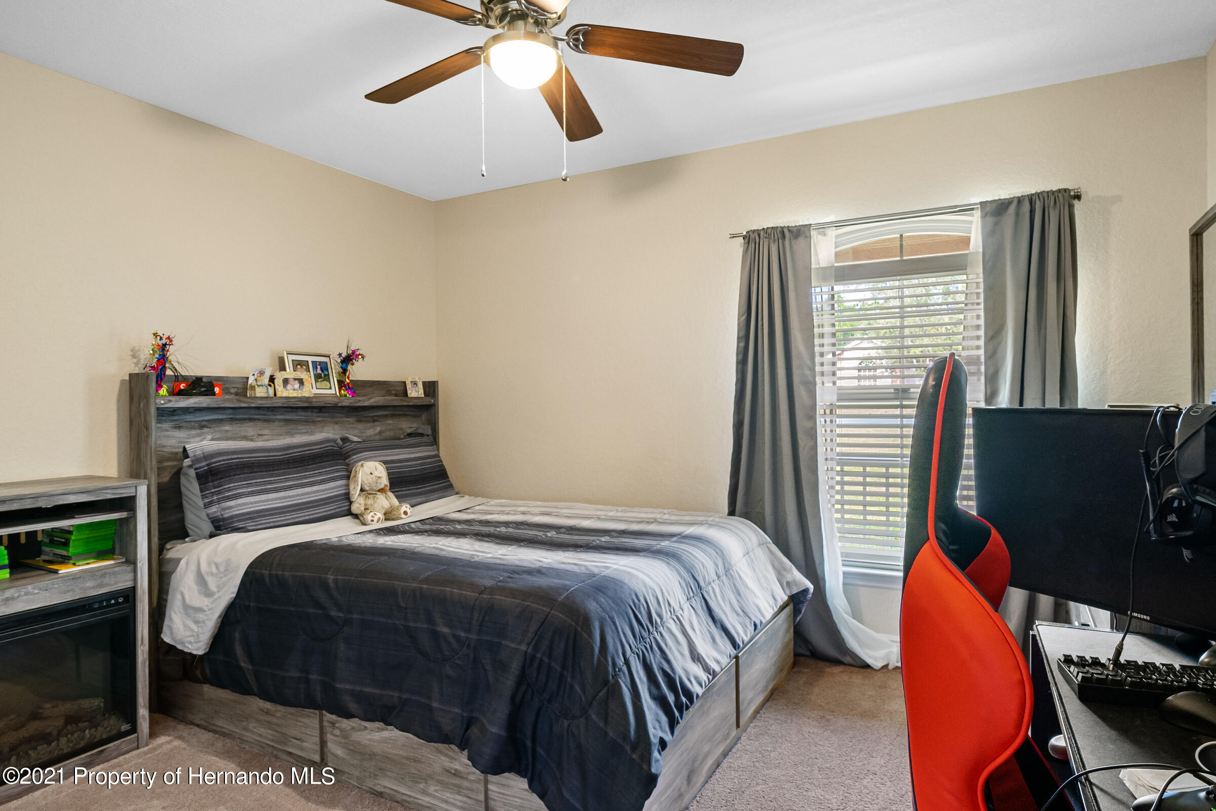 Listing photo id 18 for 11274 Furley