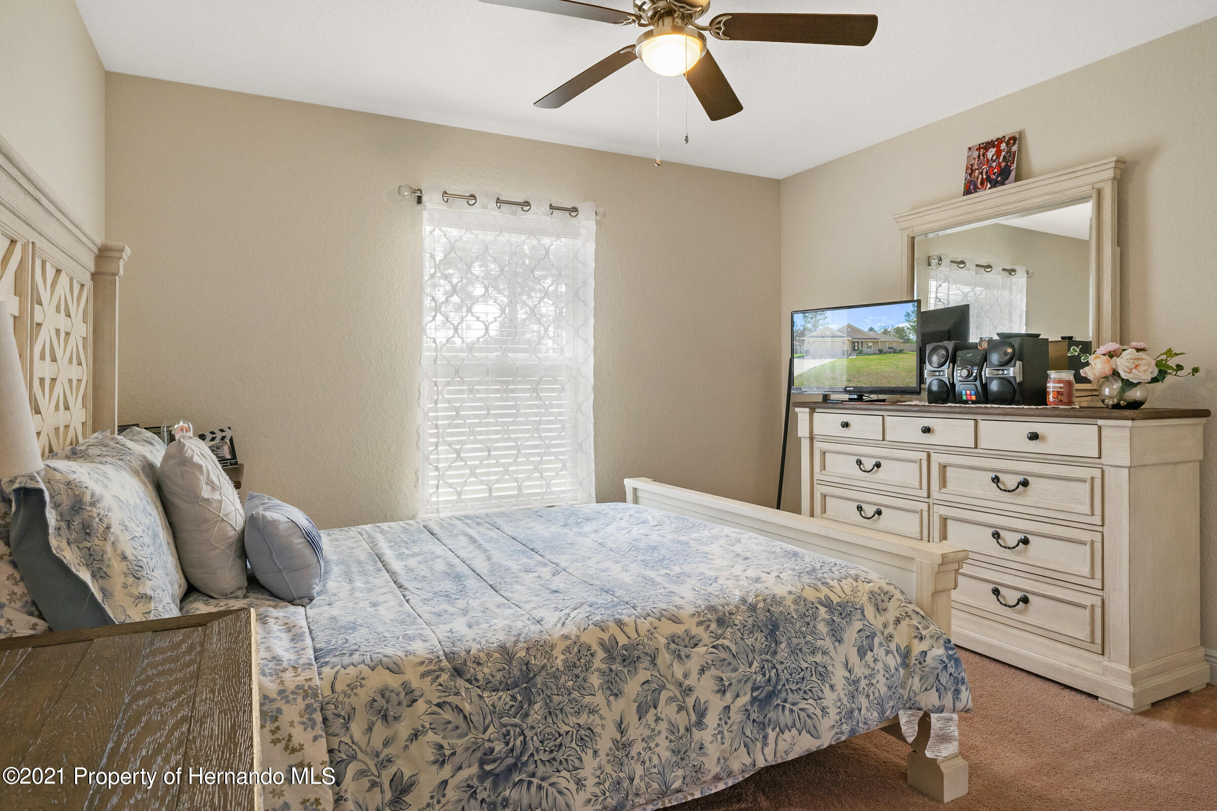 Listing photo id 20 for 11274 Furley