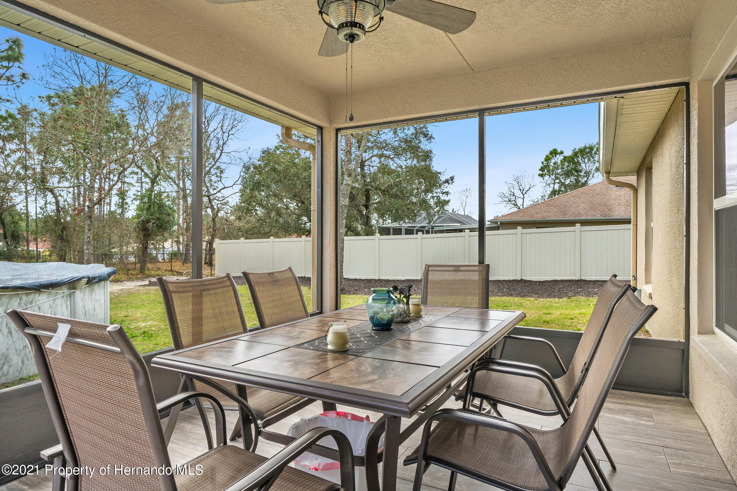 Listing photo id 24 for 11274 Furley