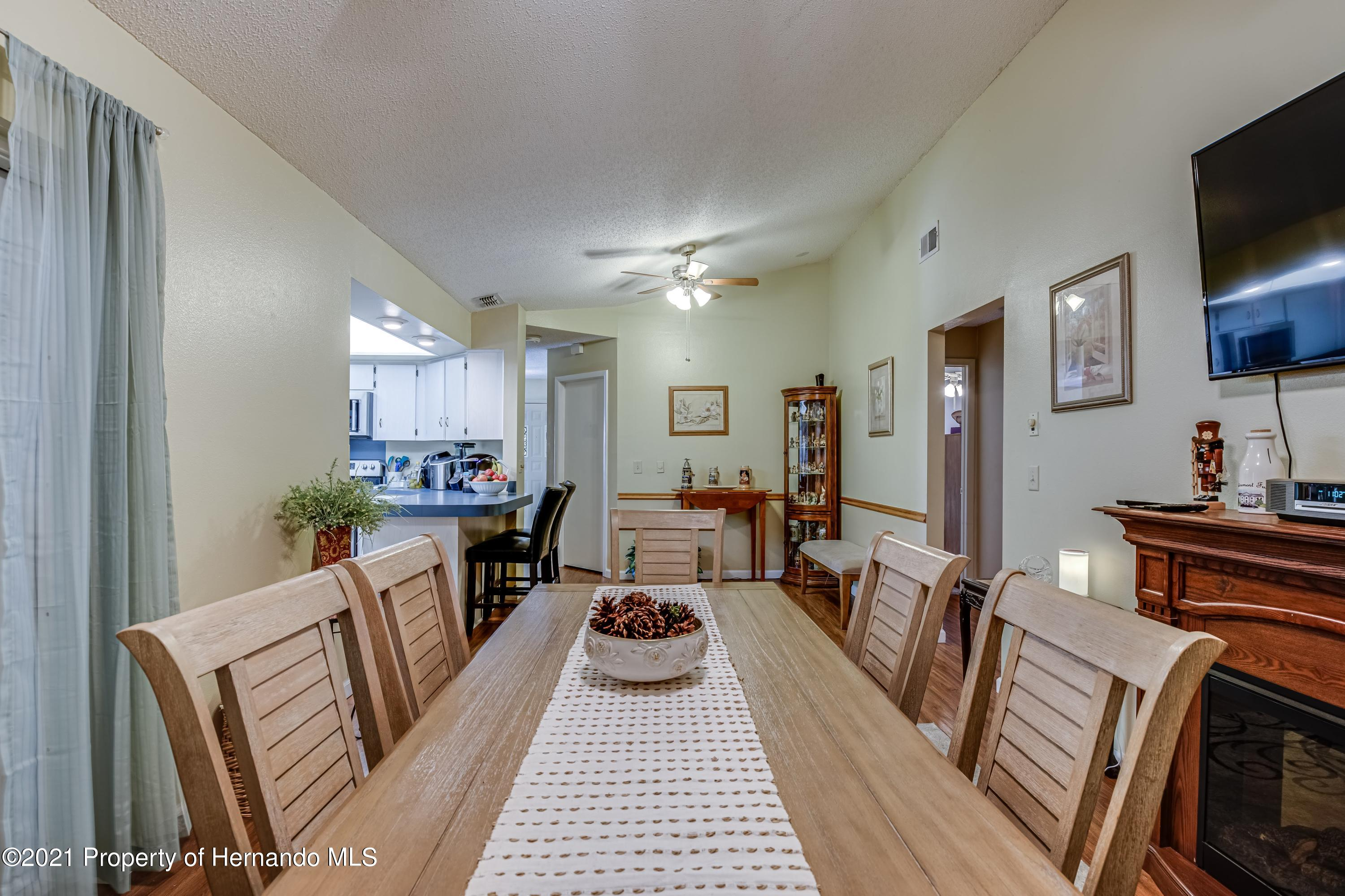 Image 18 For 8207 Wooden Drive
