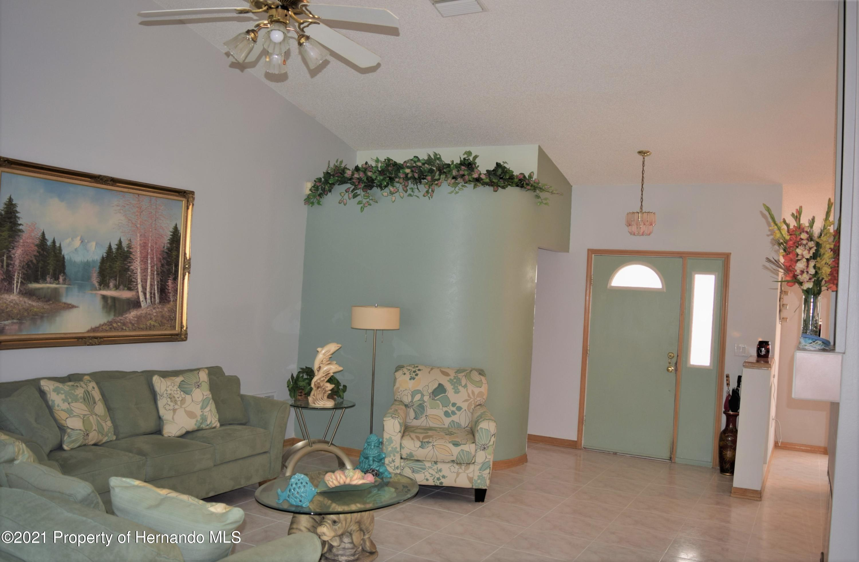 Listing photo id 6 for 6009 County Line Road
