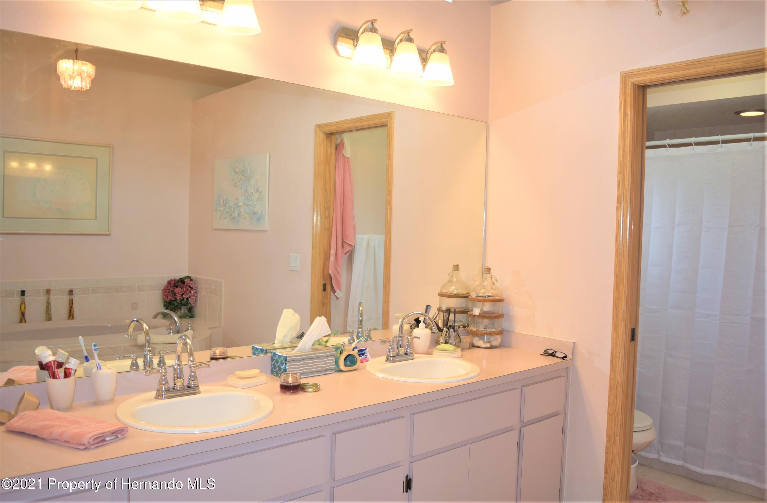Listing photo id 20 for 6009 County Line Road
