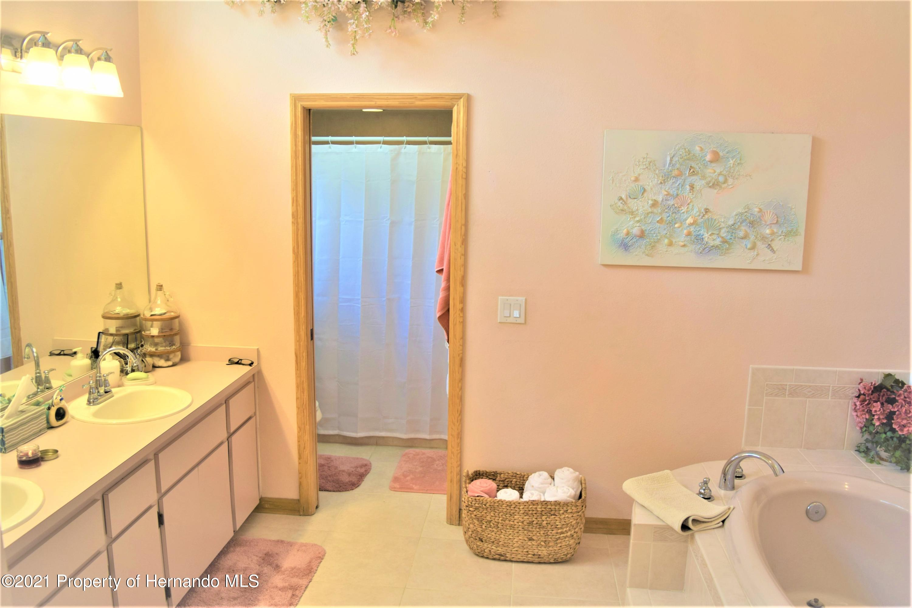 Listing photo id 21 for 6009 County Line Road