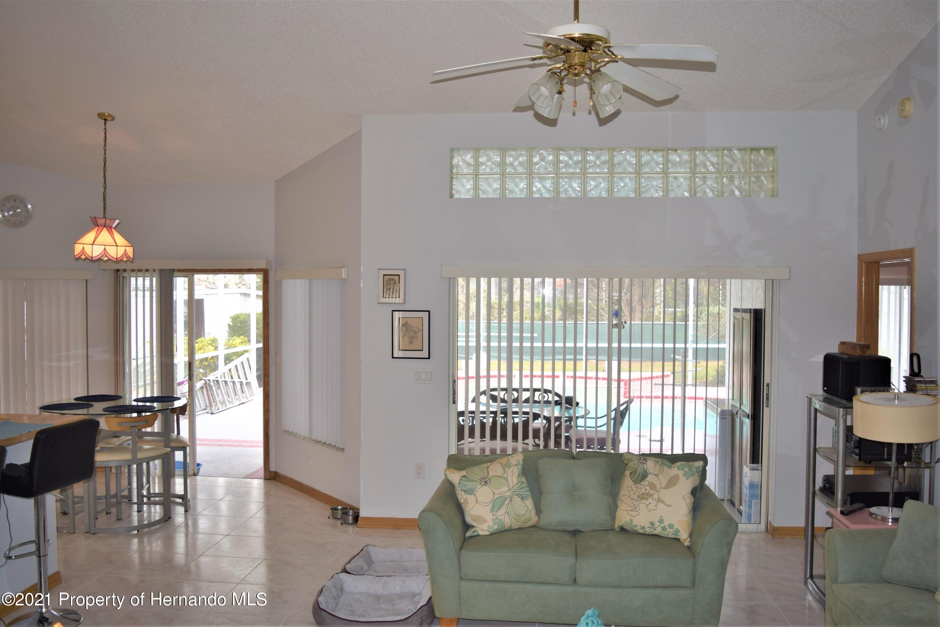 Listing photo id 5 for 6009 County Line Road