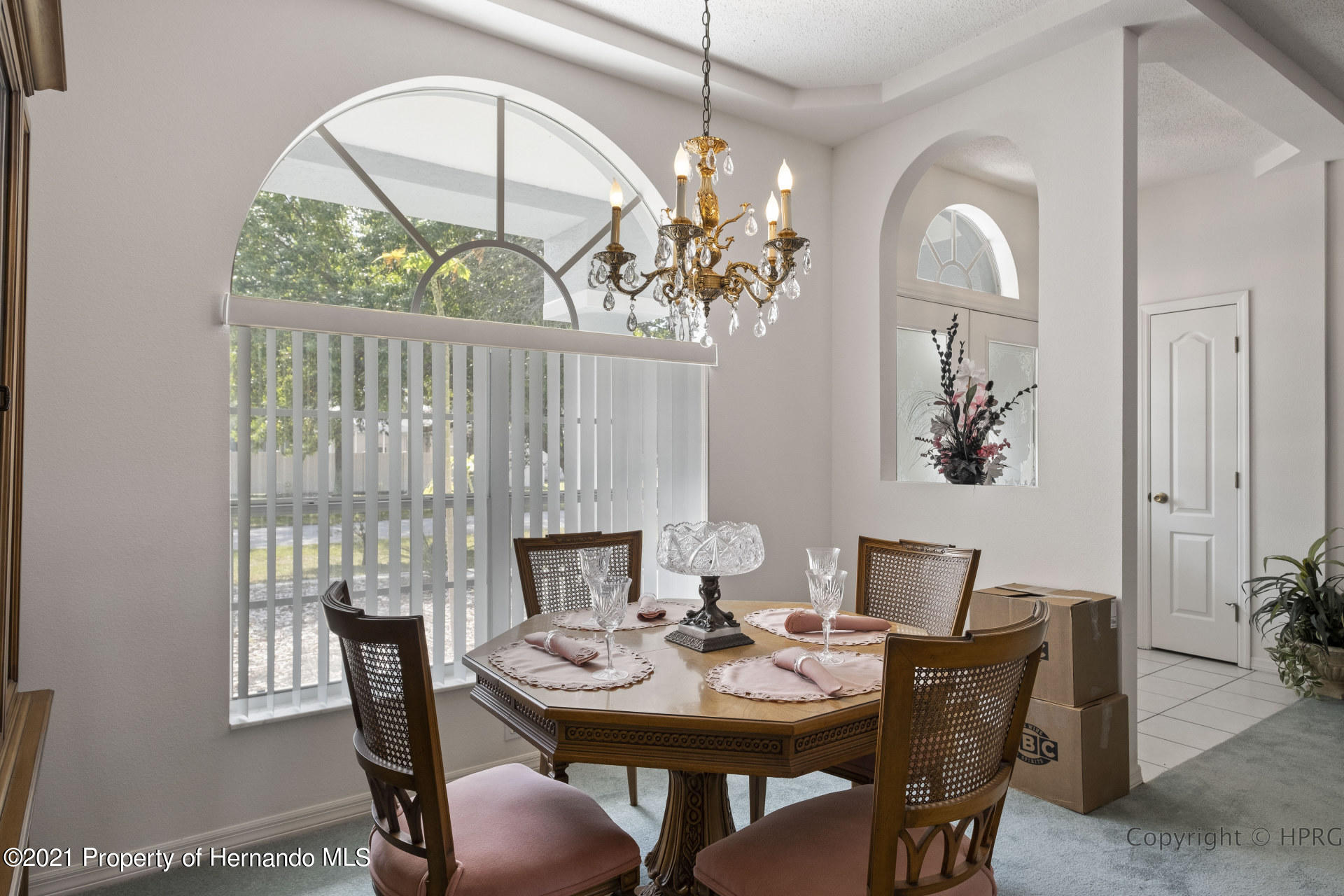 Listing photo id 6 for 8337 Belmont Road