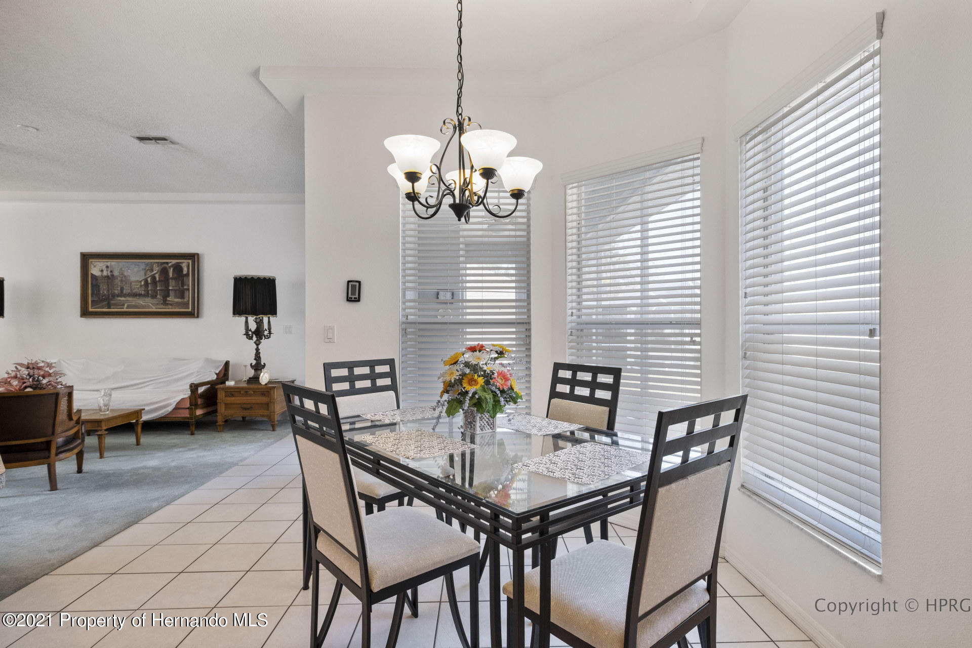 Listing photo id 10 for 8337 Belmont Road