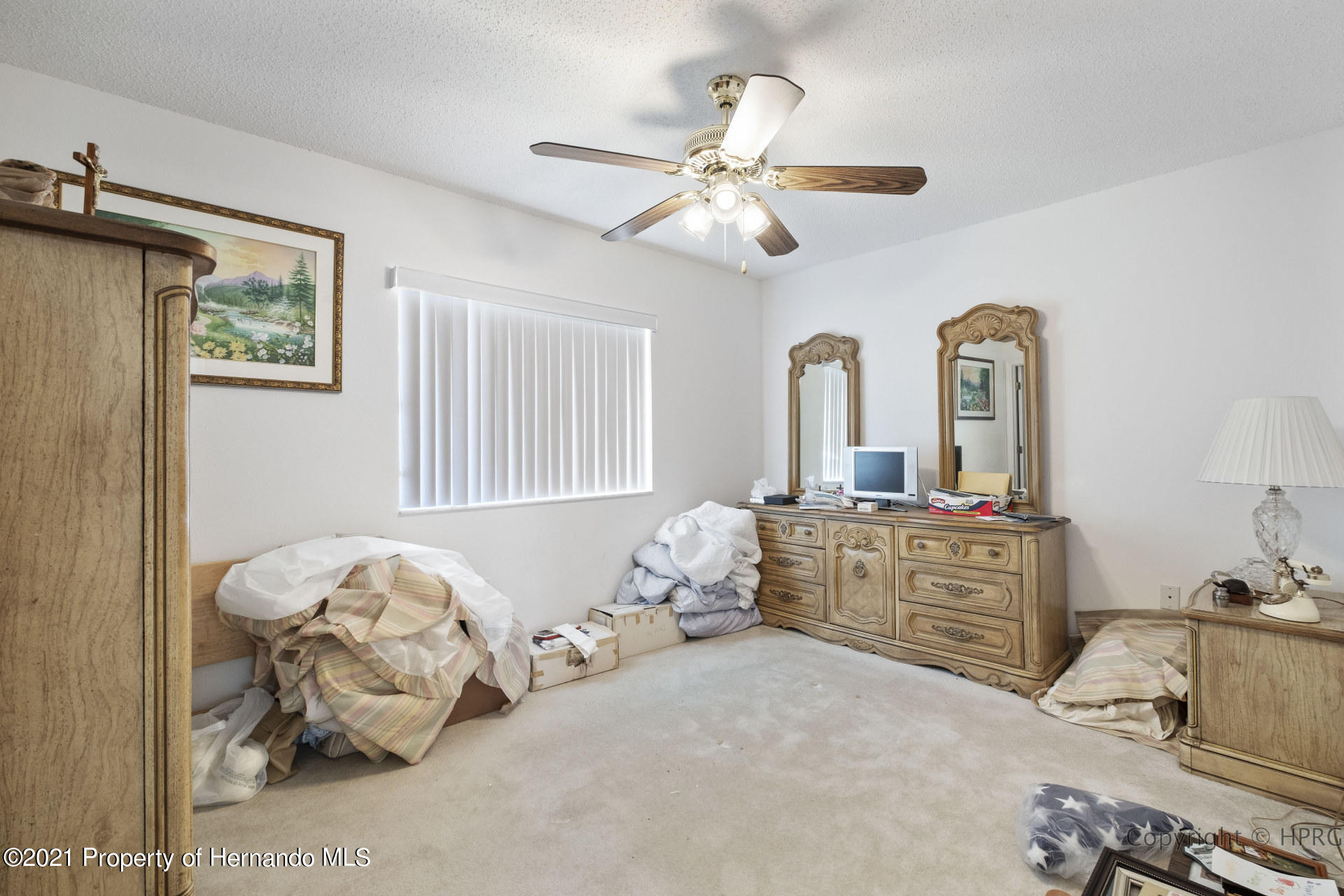 Listing photo id 15 for 8337 Belmont Road
