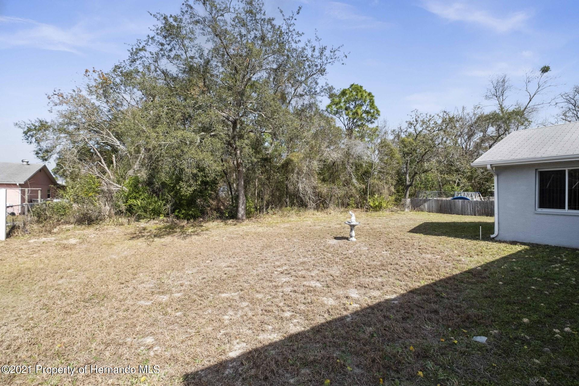 Listing photo id 28 for 8337 Belmont Road