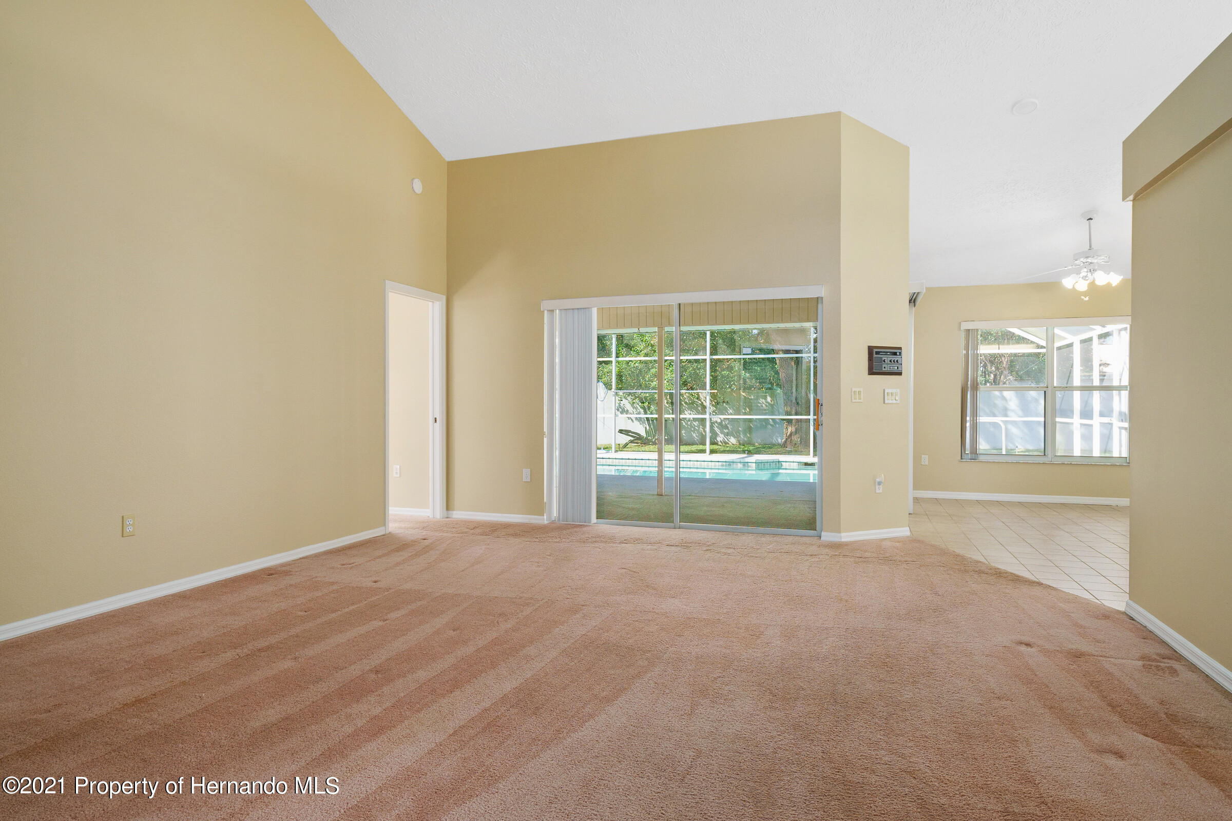 Image 9 For 1159 Overland Drive