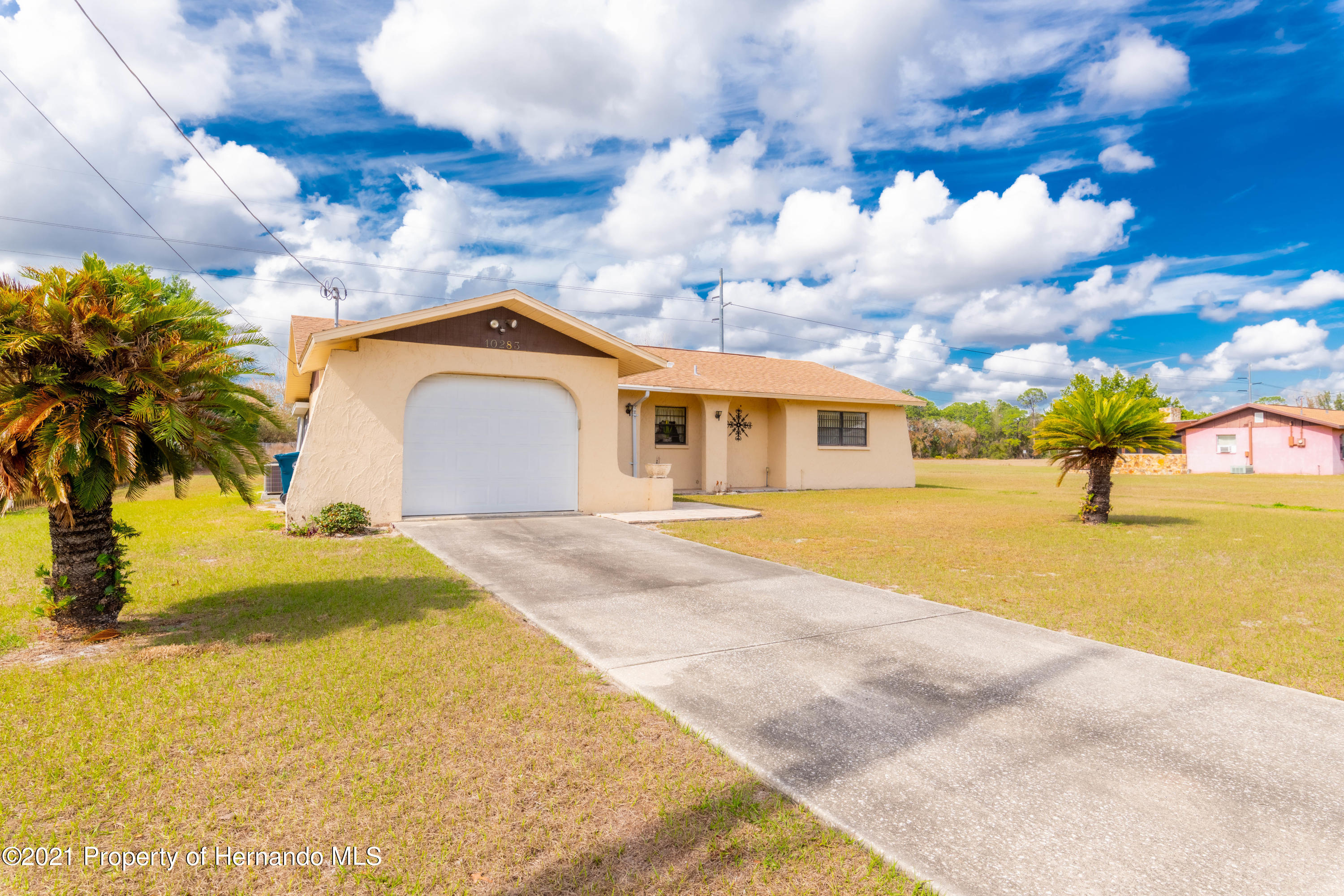 Listing photo id 8 for 10283 Gifford Drive