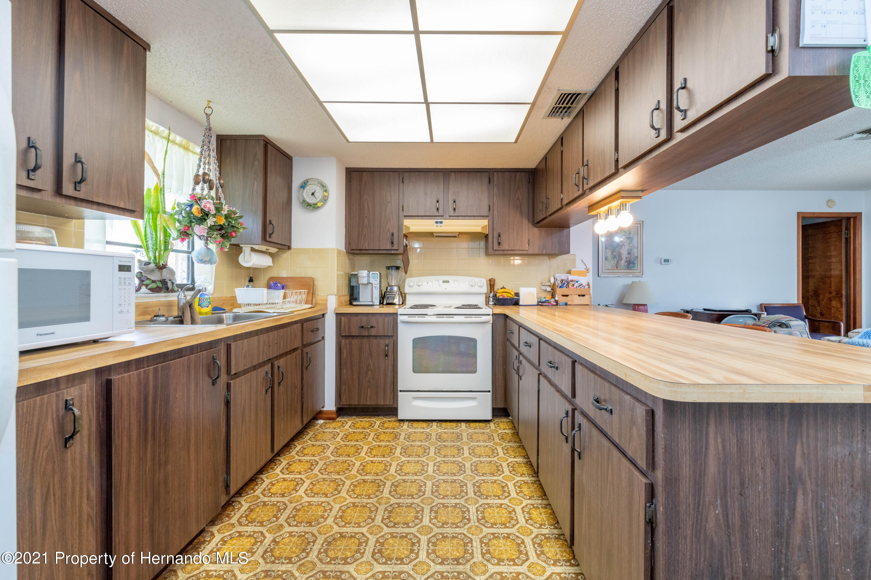 Listing photo id 22 for 10283 Gifford Drive