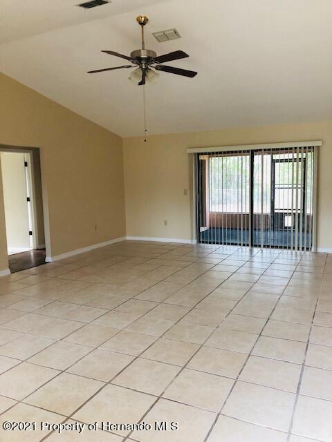 Details for 11243 Homeway St, Spring Hill, FL 34609
