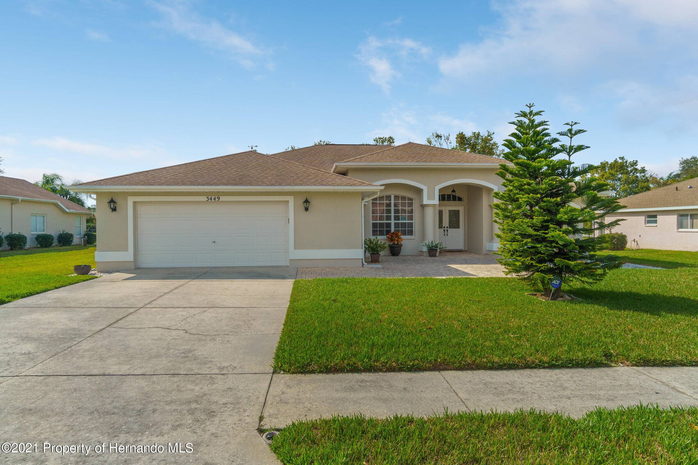 Listing photo id 2 for 3449 Conifer Loop