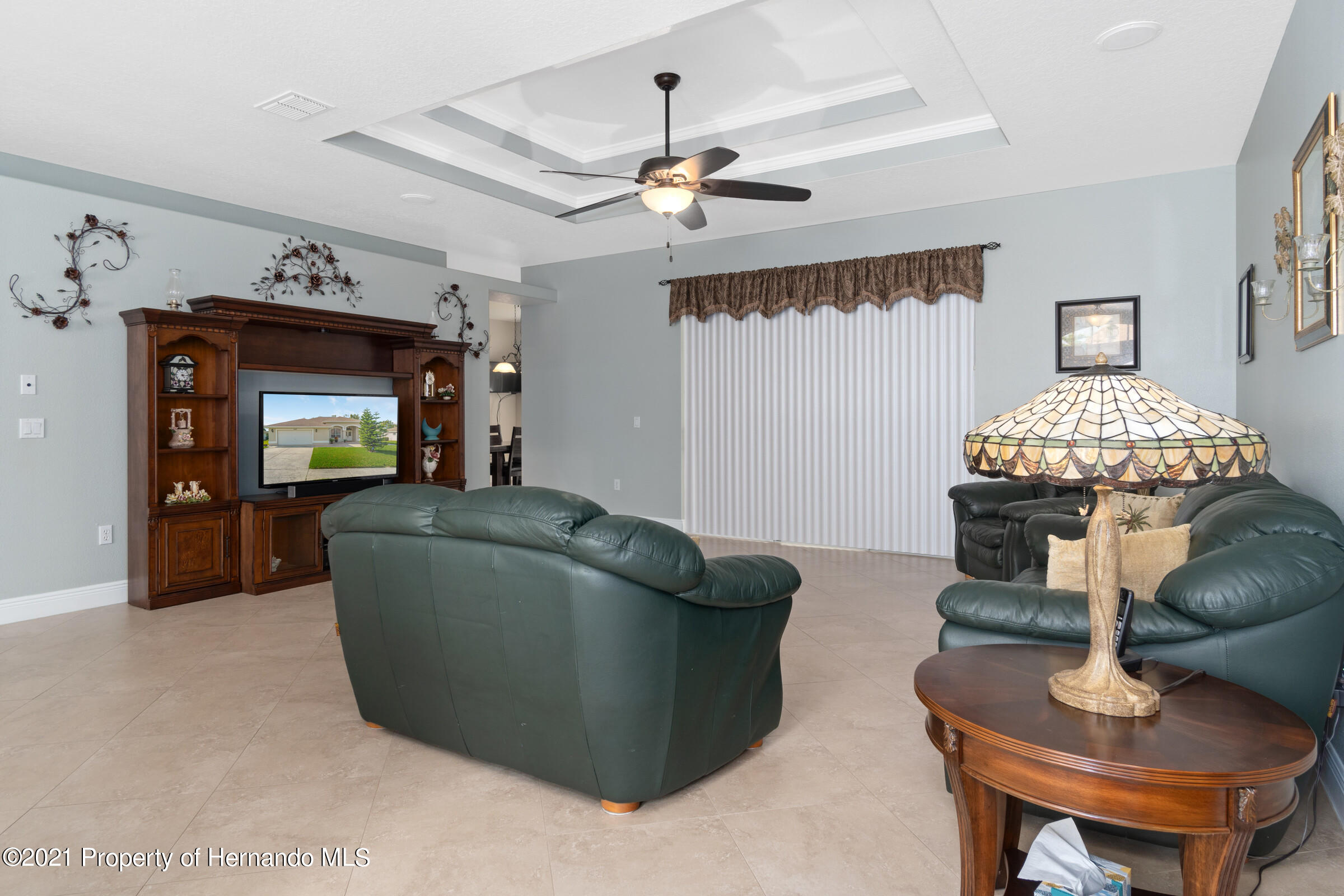 Listing photo id 10 for 3449 Conifer Loop